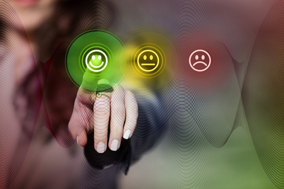 Solving many critical routine jobs in every sector with artificial intelligence support is said to be increasing employee and customer satisfaction. (Shutterstock Photo)