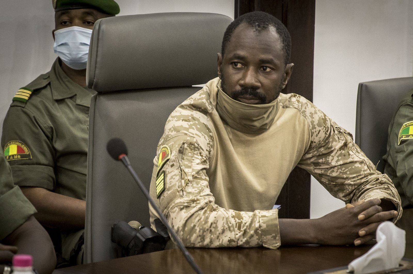 Col. Assimi Goita meets with the Economic Community of West African States at the Ministry of Defense, in Bamako, Mali, Aug. 22, 2020. (AP Photo)