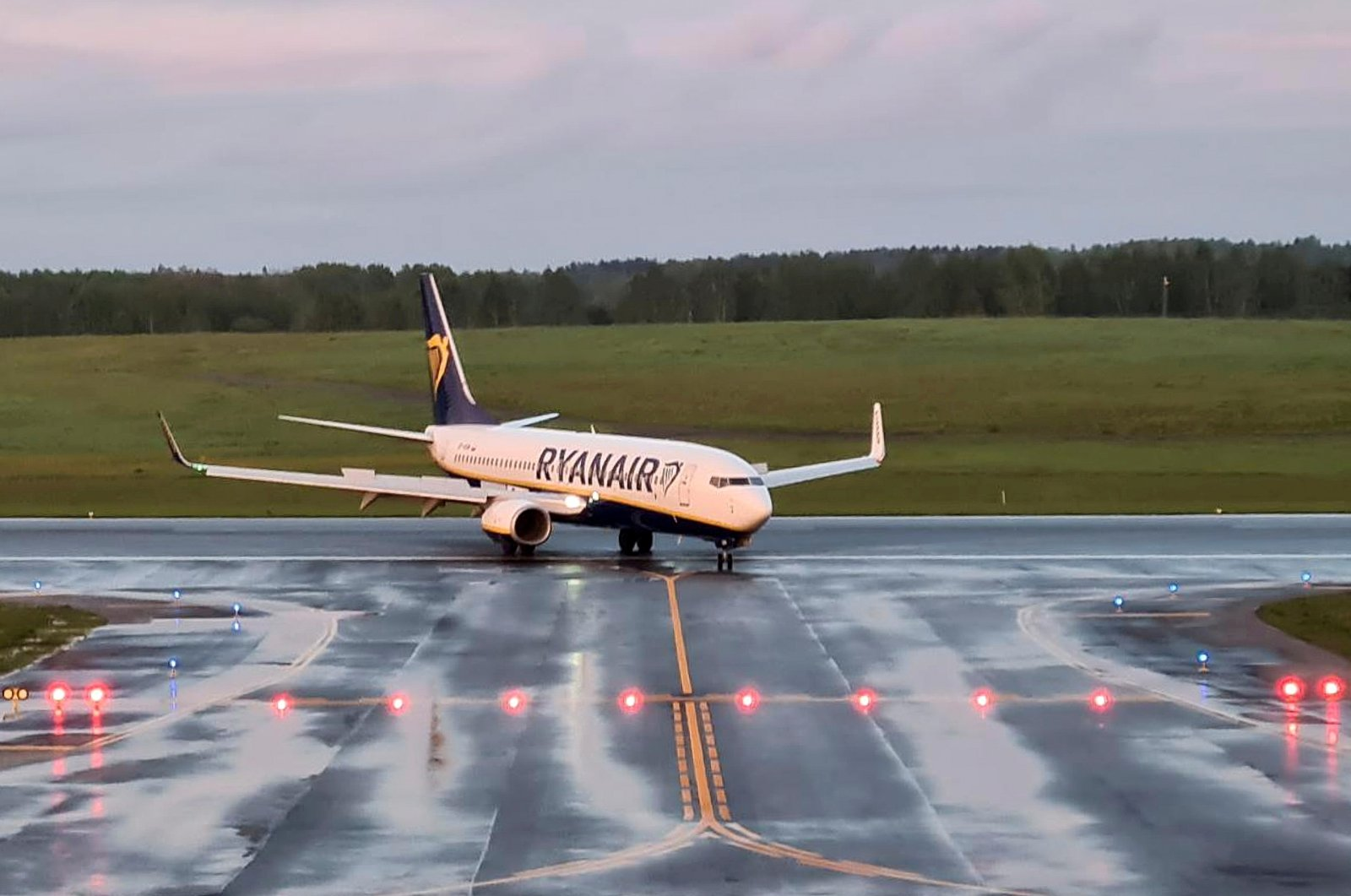 A Ryanair aircraft, which was carrying Belarusian dissident journalist Roman Protasevich and diverted to Belarus, where authorities detained him, lands at Vilnius Airport in Vilnius, Lithuania May 23, 2021. (Reuters Photo)