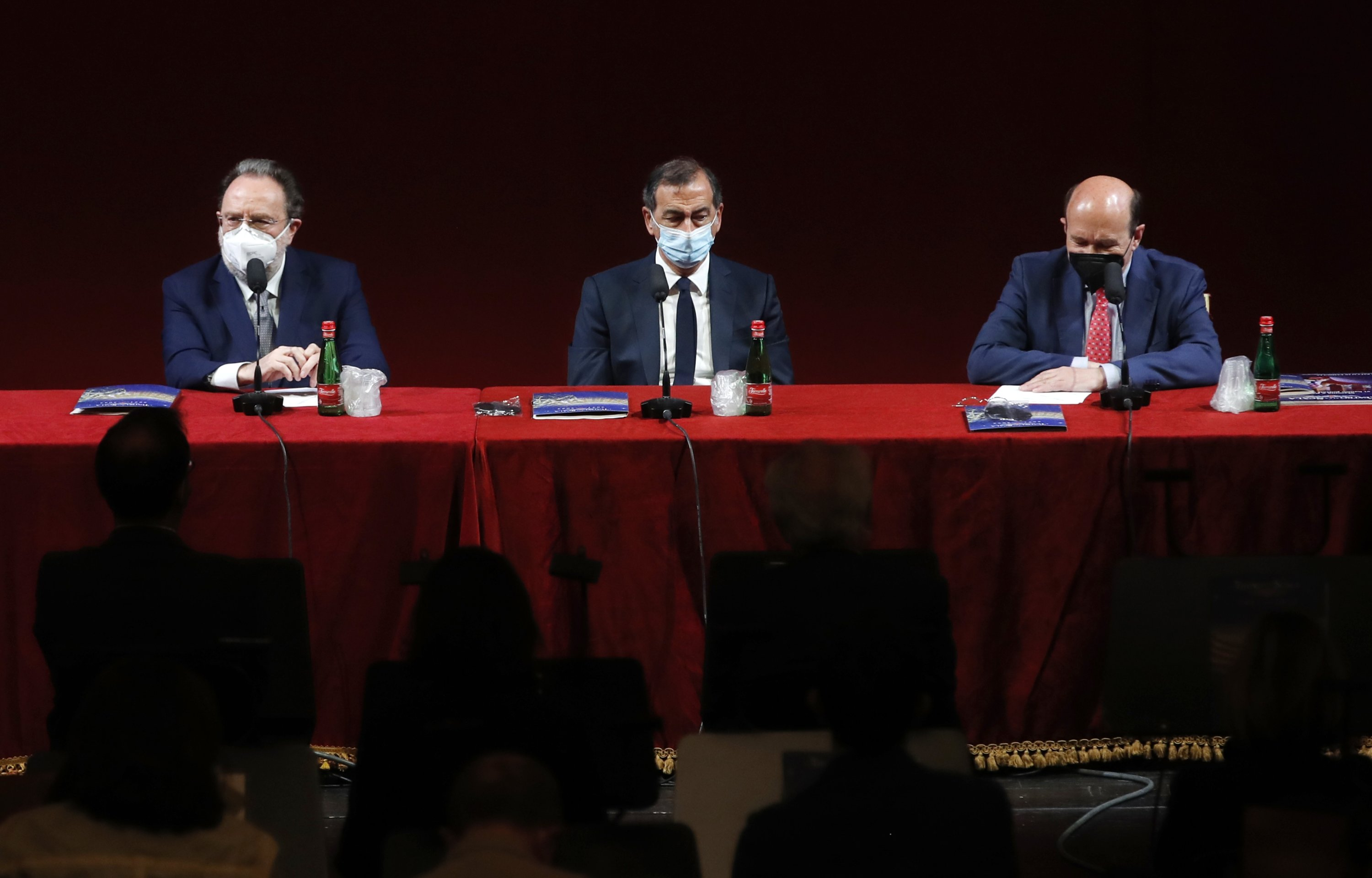 Italian conductor Riccardo Chailly (L), Milan's Mayor Giuseppe Sala (C) and La Scala opera house general manager Dominique Meyer attend a press conference to present the 2021/2022 season, at the Milan La Scala opera house, Italy, May 31, 2021. (AP Photo)