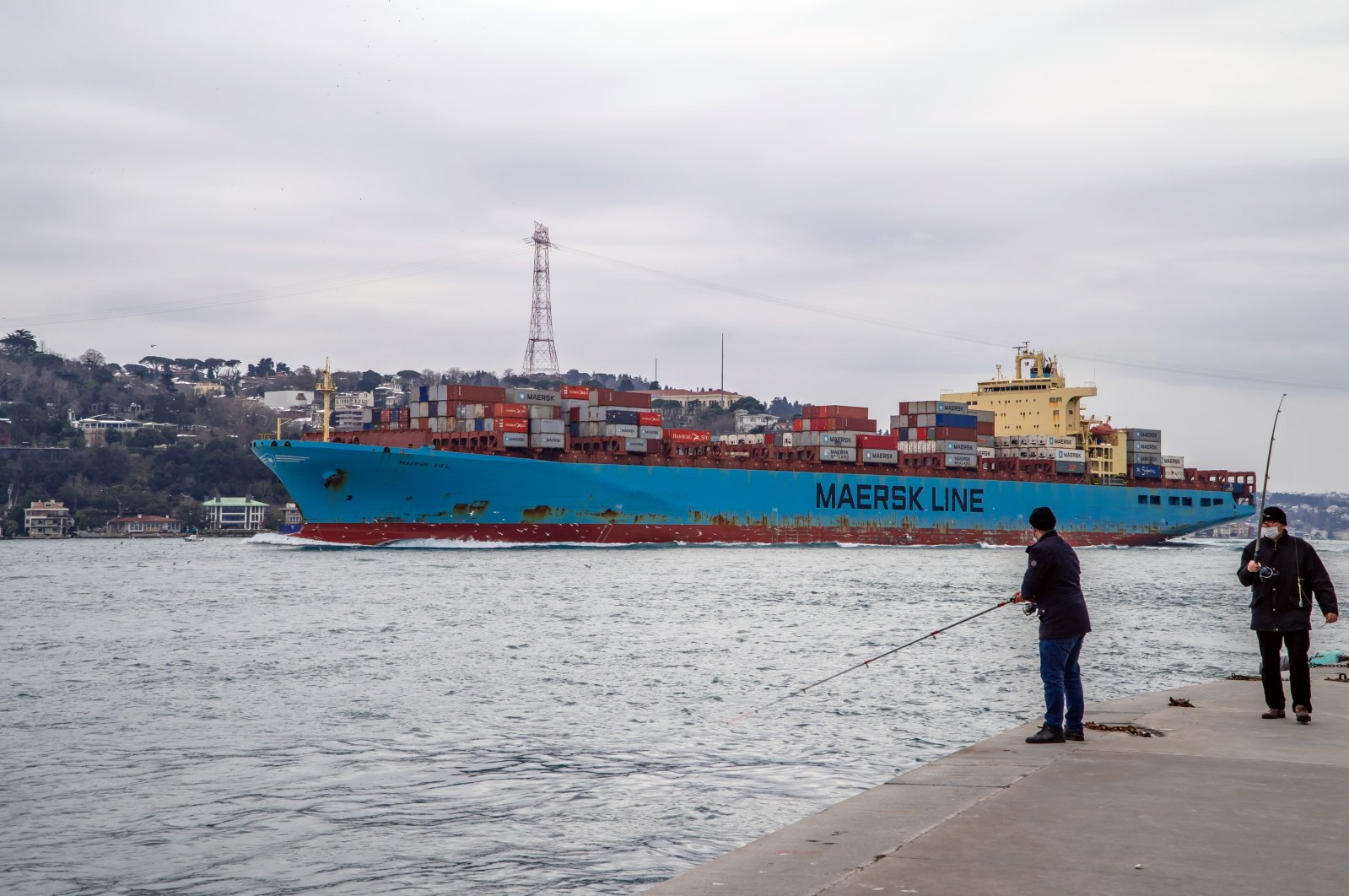 A container freighter ship sails through the Bosporus in Istanbul, Turkey, Feb. 19, 2021. (Shutterstock Photo)