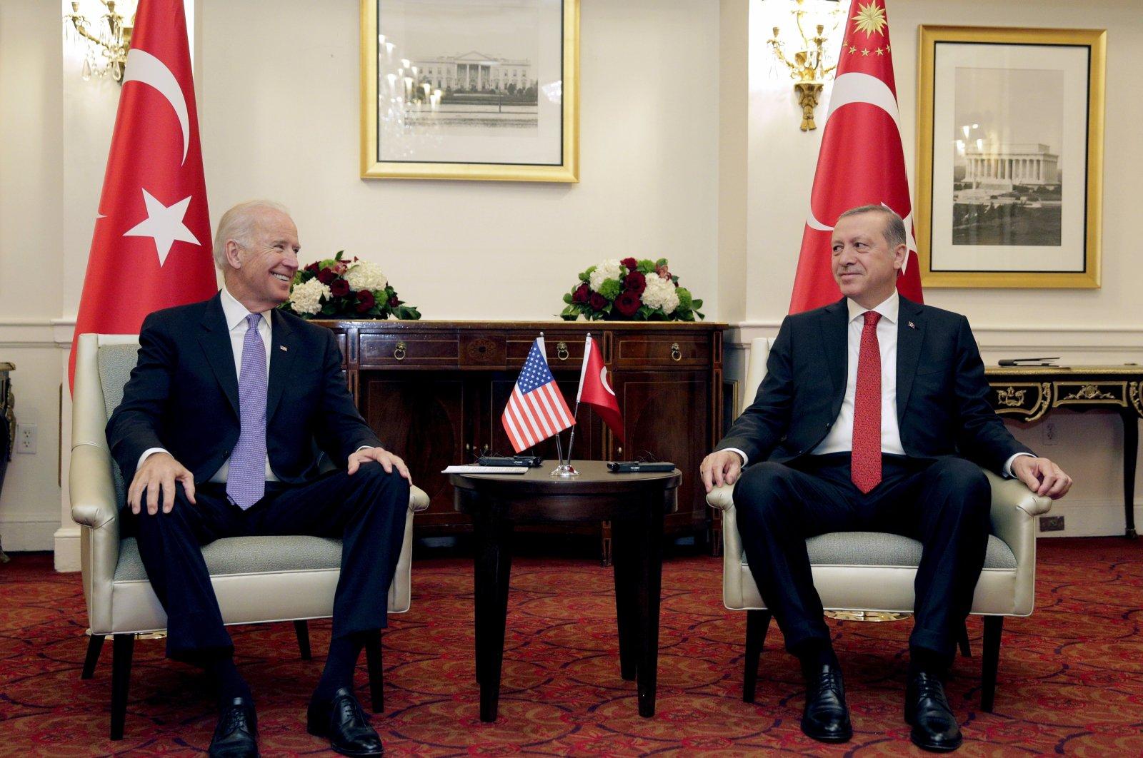 President Recep Tayyip Erdoğan (R) and then-U.S. Vice President Joe Biden (L) attend a bilateral meeting in Washington, U.S., March 31, 2016. (Reuters Photo)
