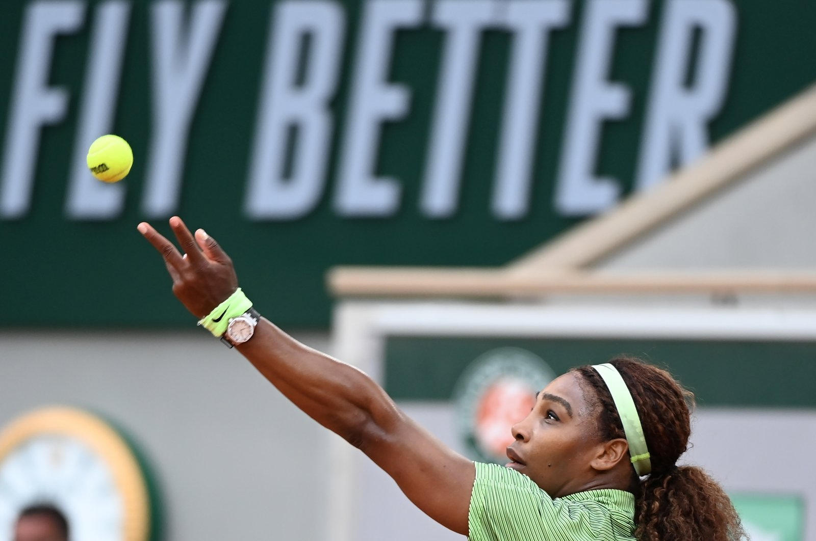 Serena Williams in action during the French Open second-round match against Mihaela Buzarnescu, Paris, France, June 2, 2021. (EPA Photo)