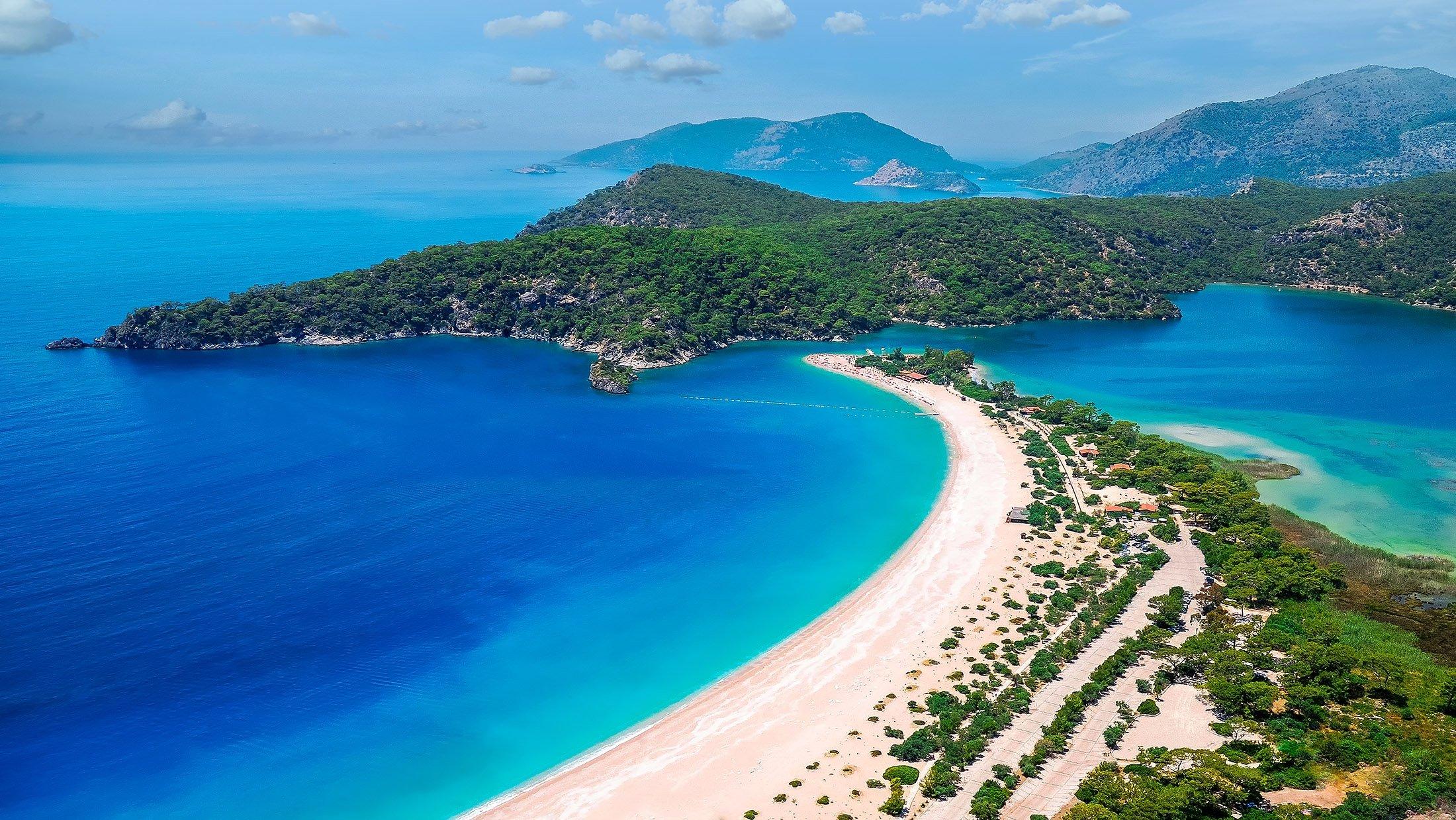 Ölüdeniz is one of the most popular destinations in Turkey. (Shutterstock Photo)