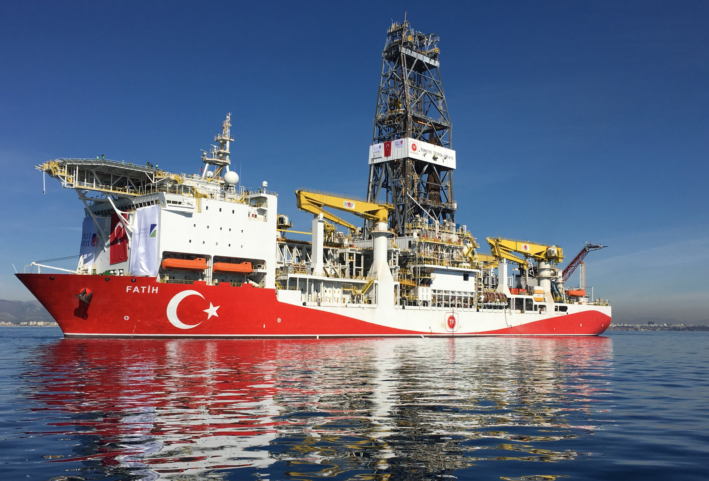 The Fatih oil drilling ship prepares to sail to the contested waters of the Mediterranean Sea for oil and gas drilling operations near Anatalya, Turkey, Oct. 30, 2018. (Photo by Getty Images)