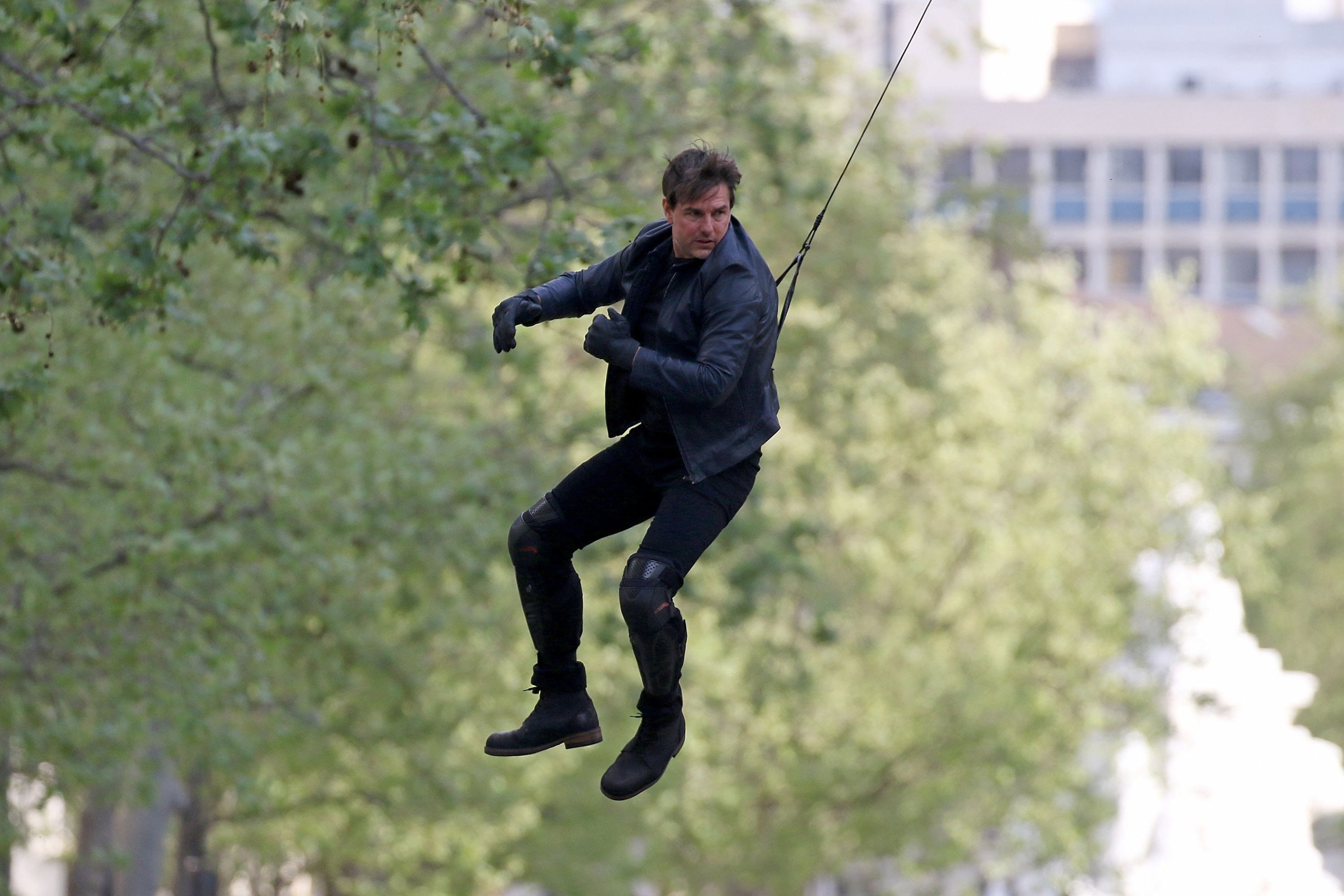 Actor Tom Cruise performs a stunt on set for the film 'Mission: Impossible - Fallout' in Paris, France, April 10, 2017.  (Getty Images)