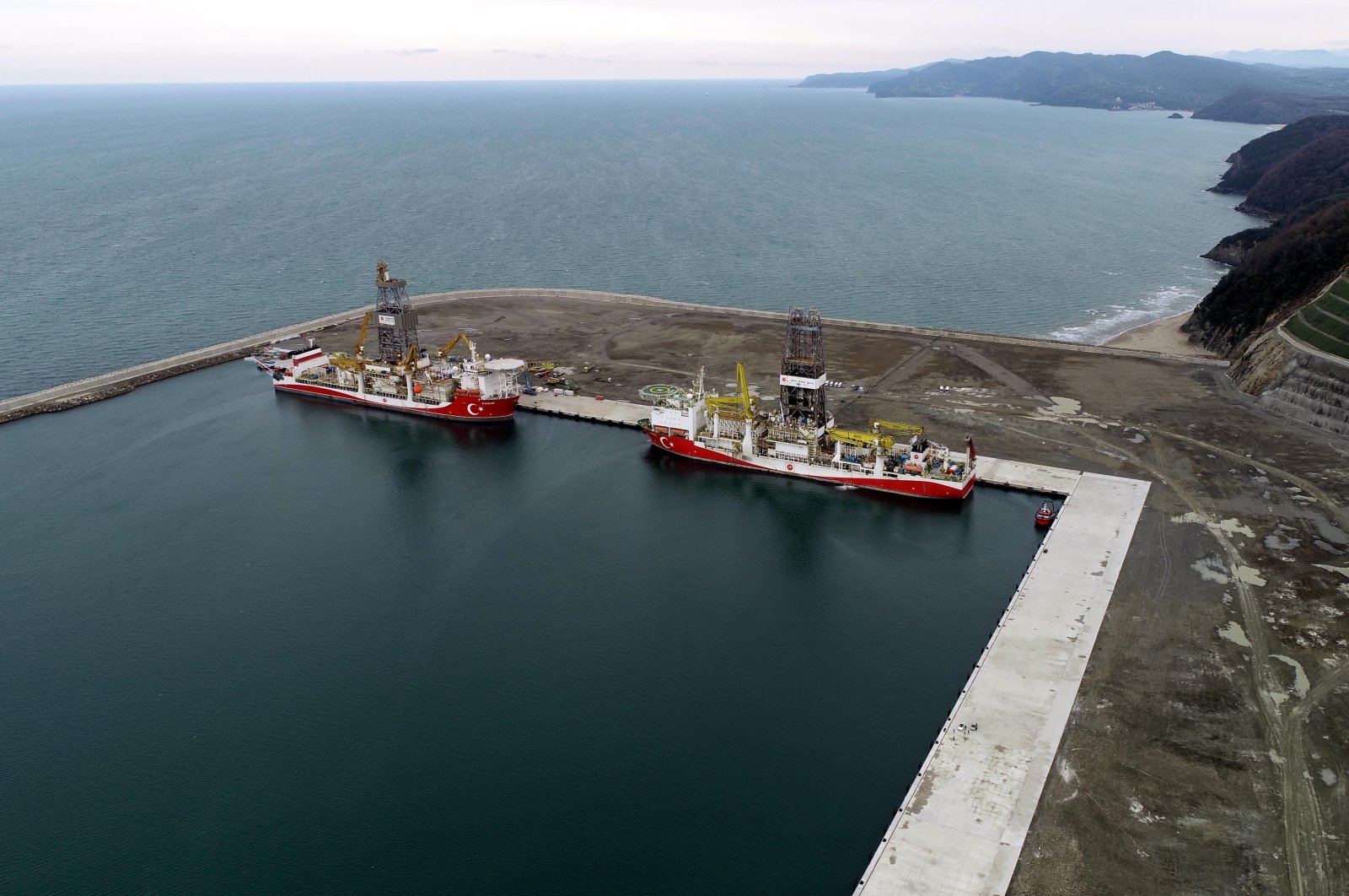 Turkey's drillships Kanuni (L) and Fatih are seen at the Port of Filyos in northern Zonguldak province, Turkey, March 20, 2021. (DHA Photo)