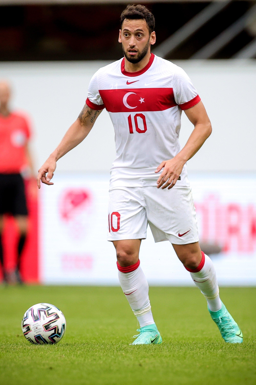 Turkey's Hakan Çalhanoğlu (C) in action during the International Friendly soccer match between Turkey and Moldova in Paderborn, Germany, June 3, 2021. (EPA Photo)