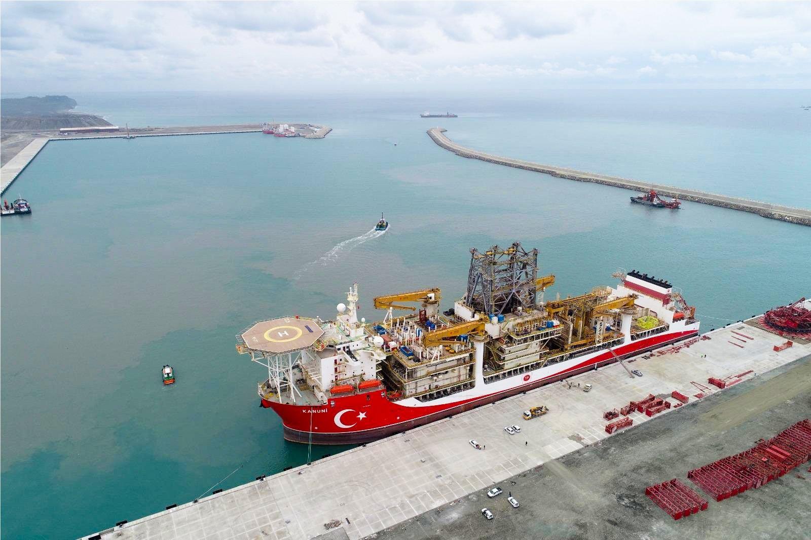 Turkey's drillship Kanuni is seen at the Port of Filyos in northern Zonguldak province, Turkey, June 3, 2021. (AA Photo)