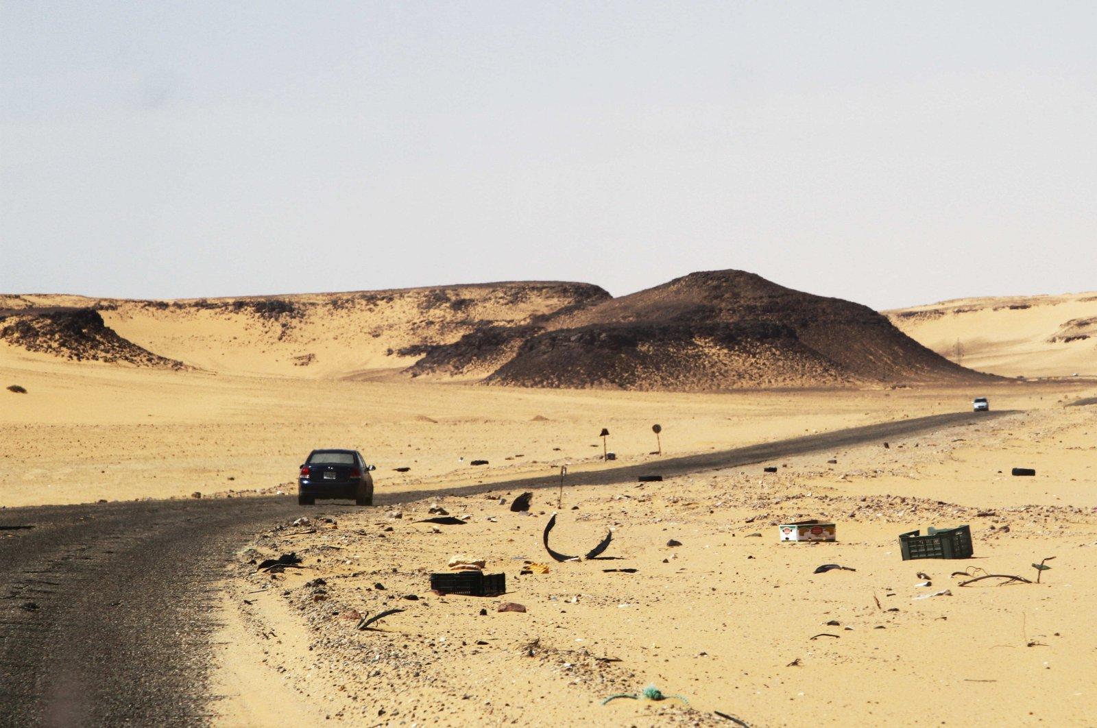 A car driving along the bandit-plagued road between Sebha and Ubari in southwestern Libya, Dec. 24, 2013. (AP File Photo)