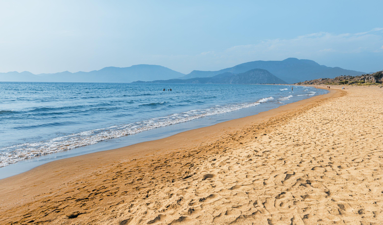 Popular resort Iztuzu beach with its fine yellow sand, Turkey. (Shutterstock Photo)