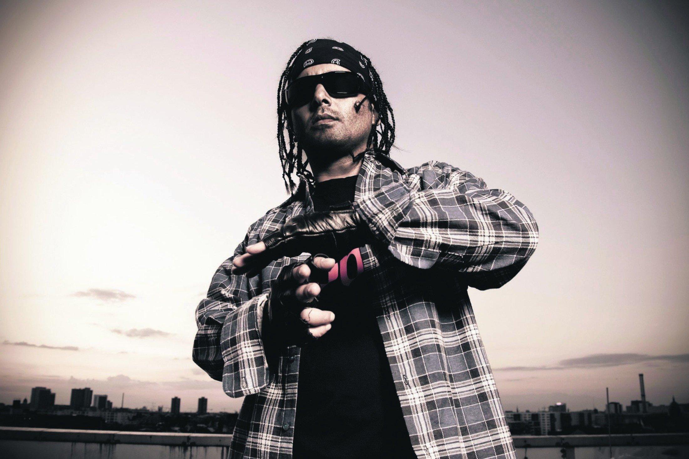 Turkish rapper Killa Hakan poses for the cover of his new album 'Volume Maximum.' (Archive Photo)