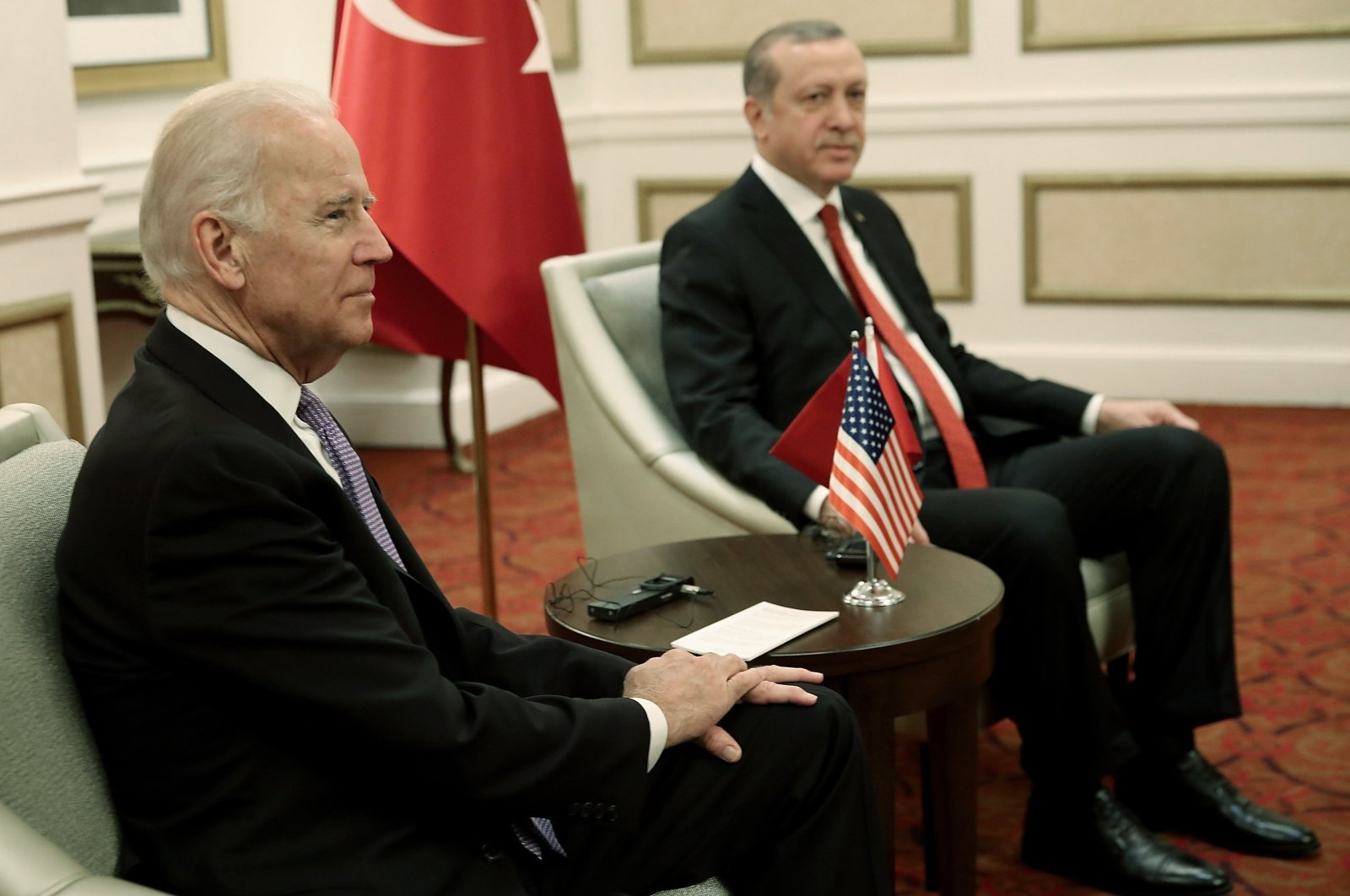 U.S. then-Vice President Joe Biden (L) meets with Turkish President Recep Tayyip Erdoğan in Washington, D.C., U.S., March 31, 2016. (Getty Images)
