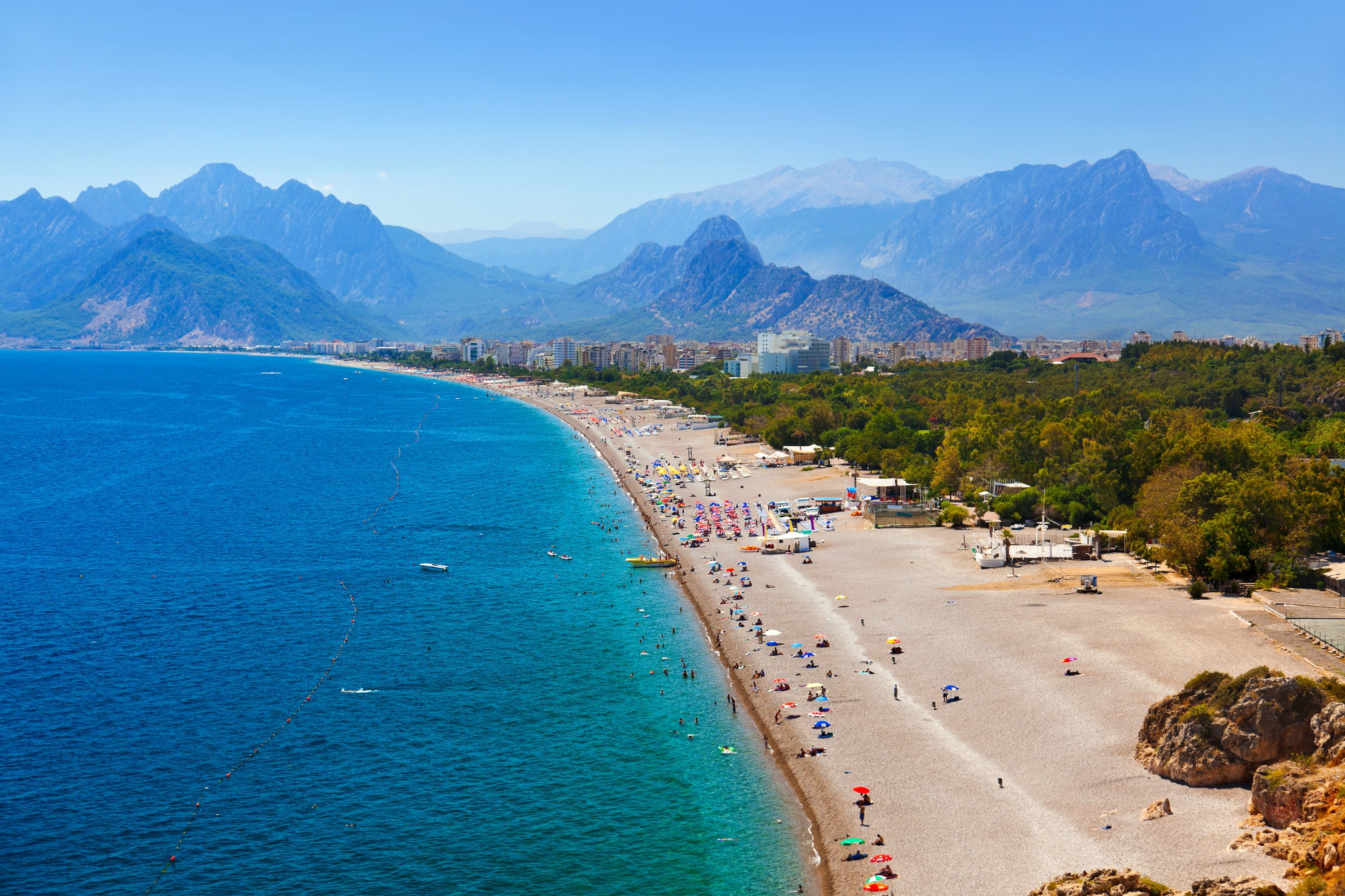 Turkey's tourism capital Antalya is famous for its beautiful beaches. (Shutterstock Photo)