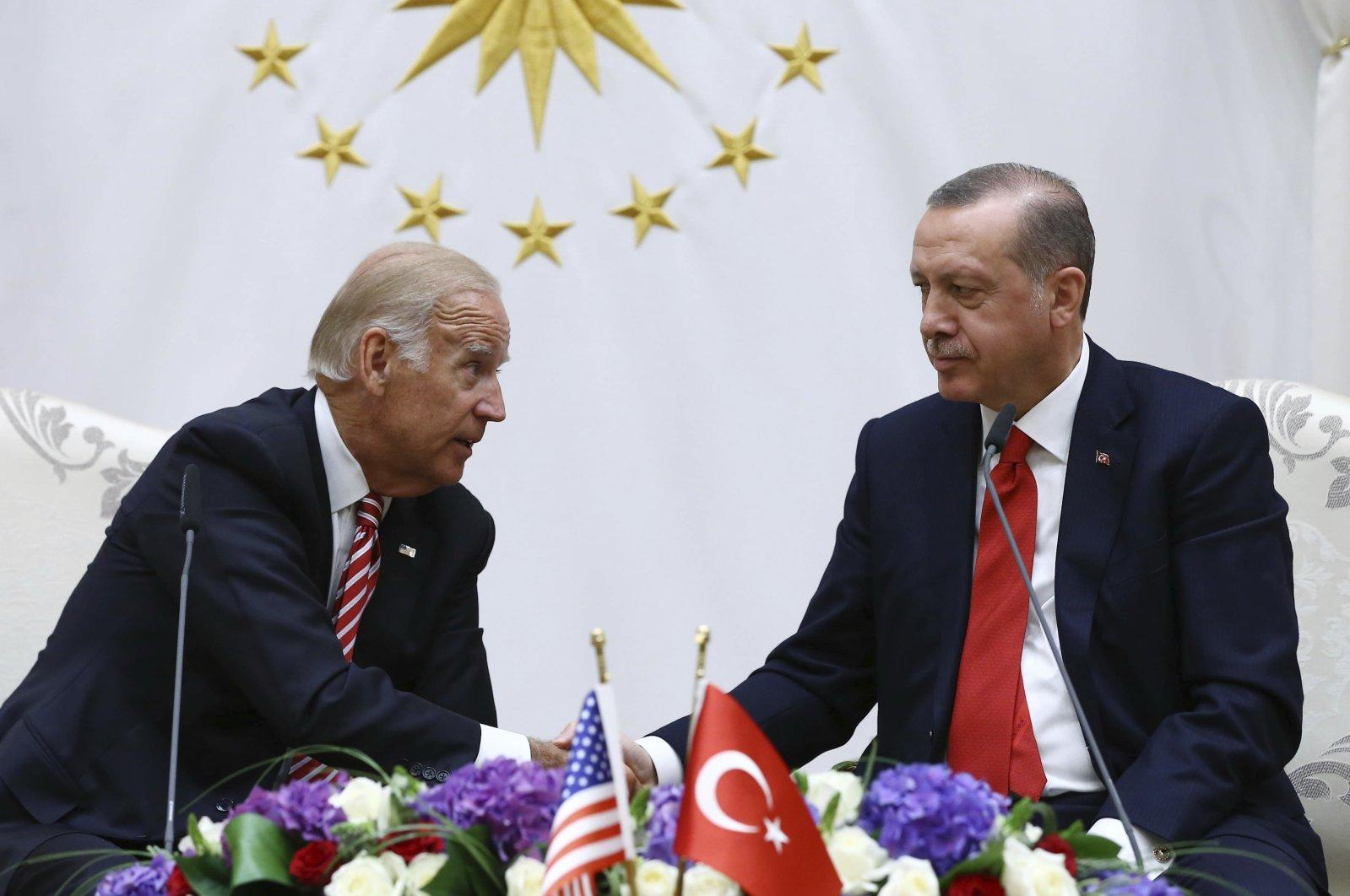 U.S. then-Vice President Joe Biden (L) and Turkish President Recep Tayyip Erdoğan during a meeting in Ankara, Turkey, Aug. 24, 2016. (AP Photo)