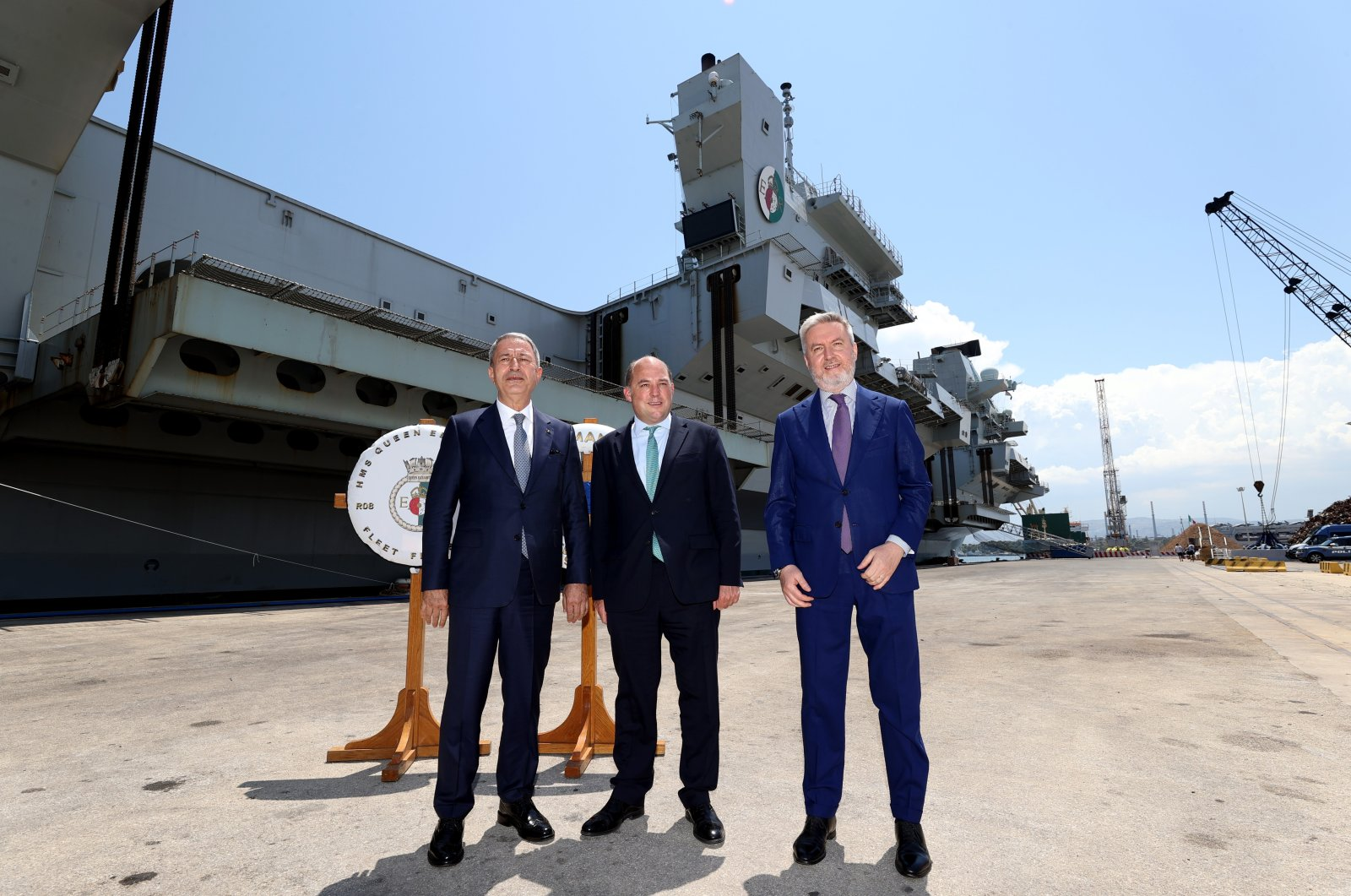 Minister of National Defense Hulusi Akar (L), his Italian counterpart Lorenzo Guerini (R) and U.K. counterpart Ben Wallace pose for a picture in Sicily, Italy June 11, 2021 (AA Photo)