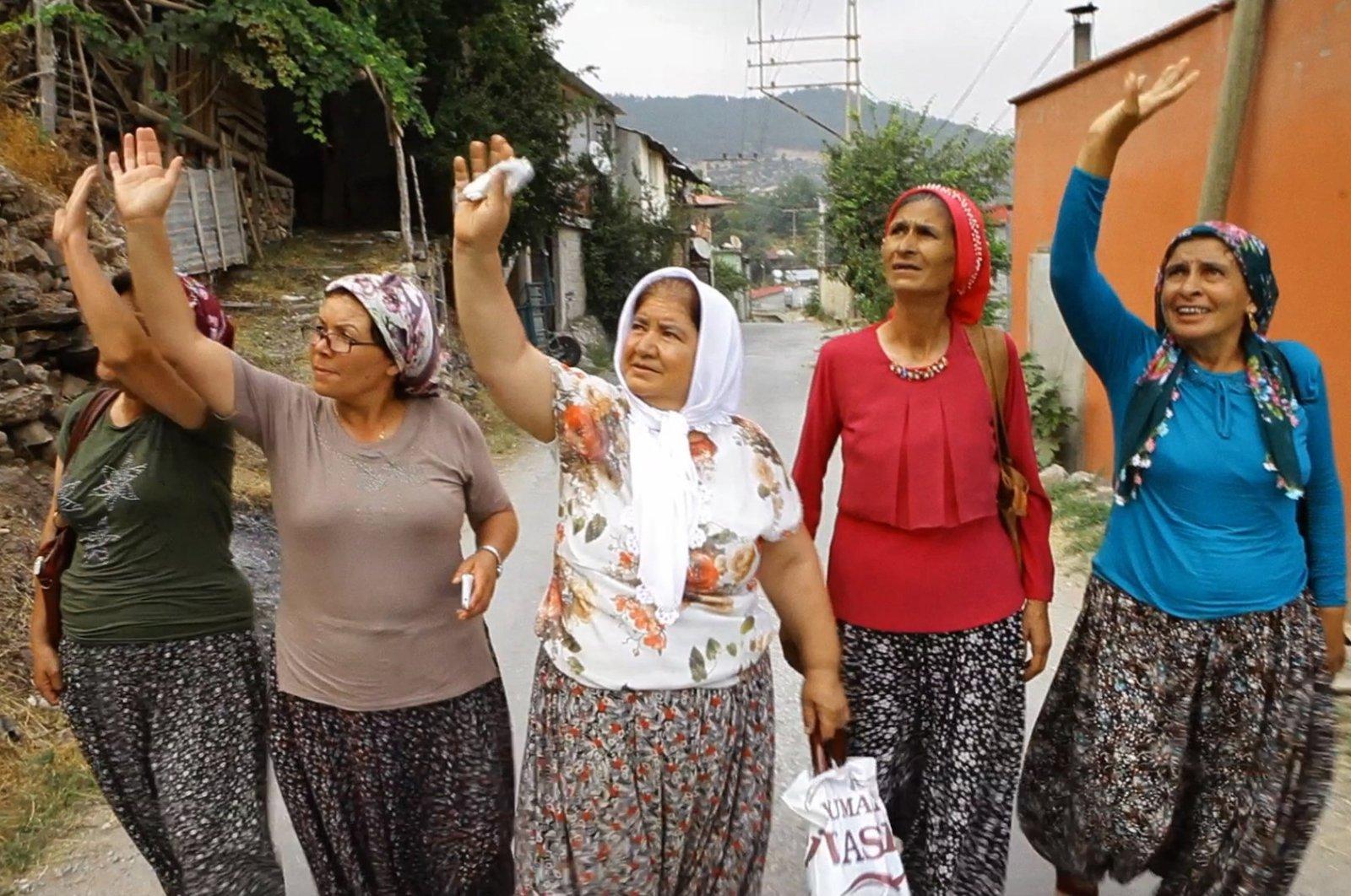 "The real-life cast of Pelin Esmer's award-wining documentary ""Queen Lear,"" Mersin, Turkey, Nov. 16, 2019. (Sabah Photo)"