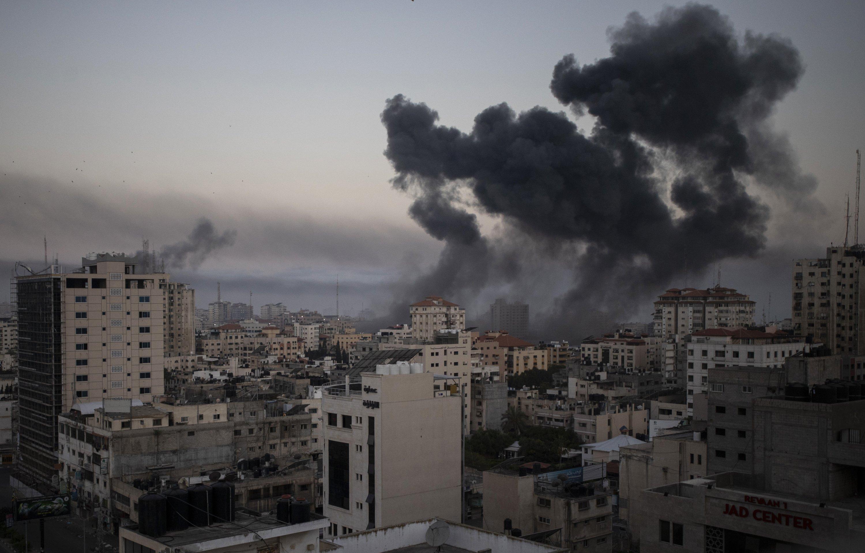 Smoke rises after Israeli airstrikes on Gaza City, Palestine, May 12, 2021. (AP Photo)