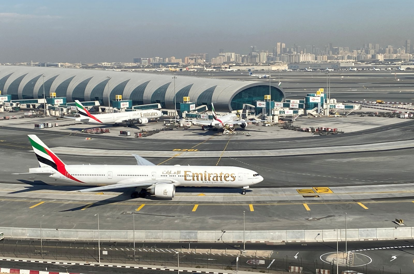 Emirates airplanes are seen on the tarmac in a general view of Dubai International Airport in Dubai, United Arab Emirates, Jan. 13, 2021. (Reuters Photo)