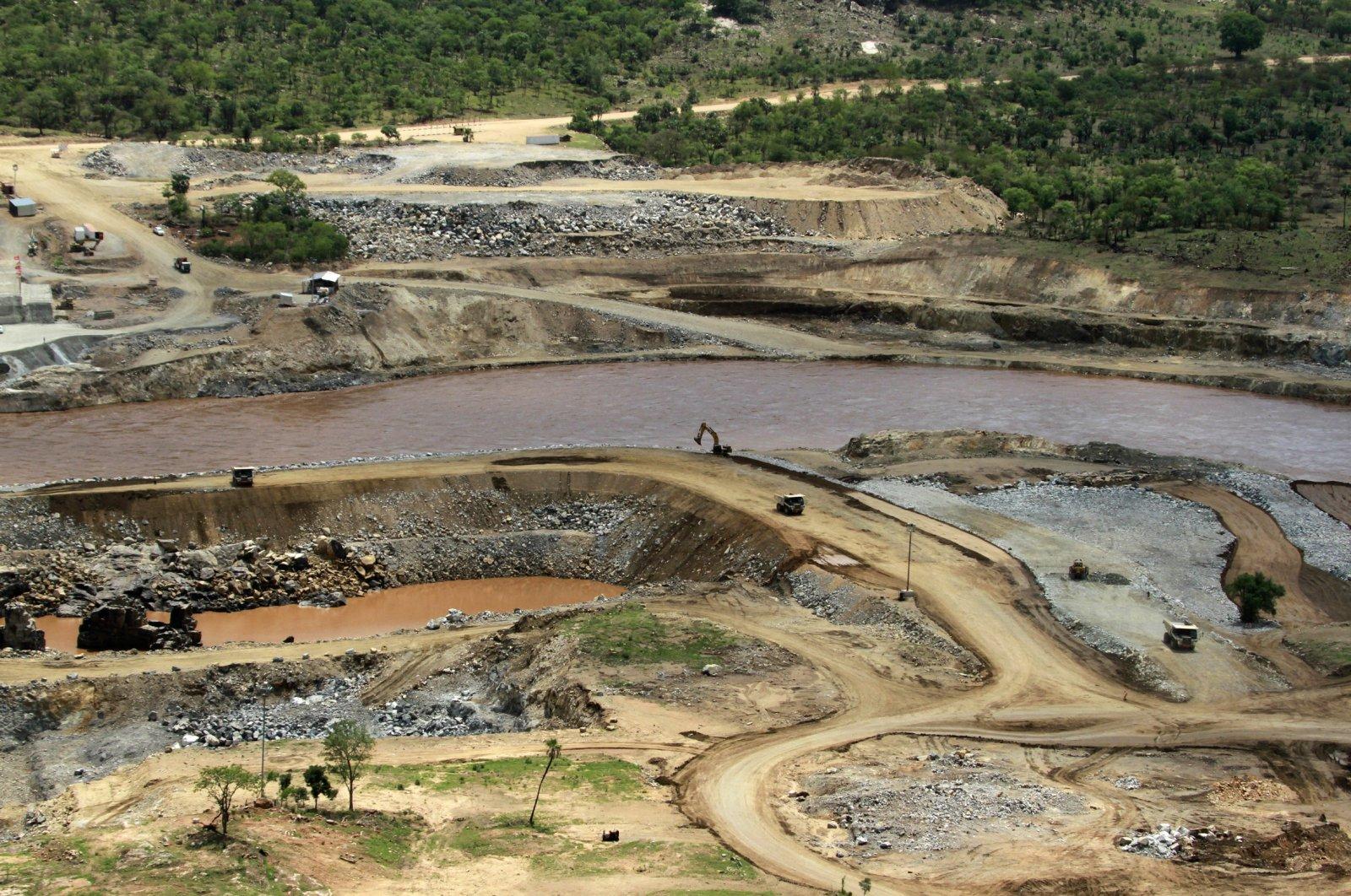 The Blue Nile river flows near the site of the planned Grand Ethiopian Renaissance Dam near Assosa in the Benishangul-Gumuz region of Ethiopia, June 28, 2013. (AP Photo)