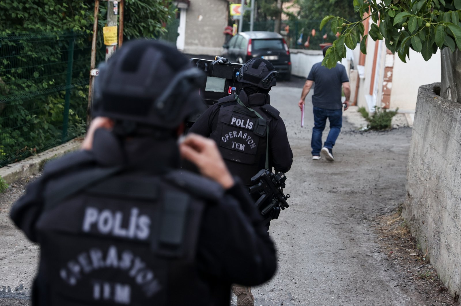 Counterterrorism squads carry out raids in Istanbul, Turkey, June 9, 2021. (AA File Photo)