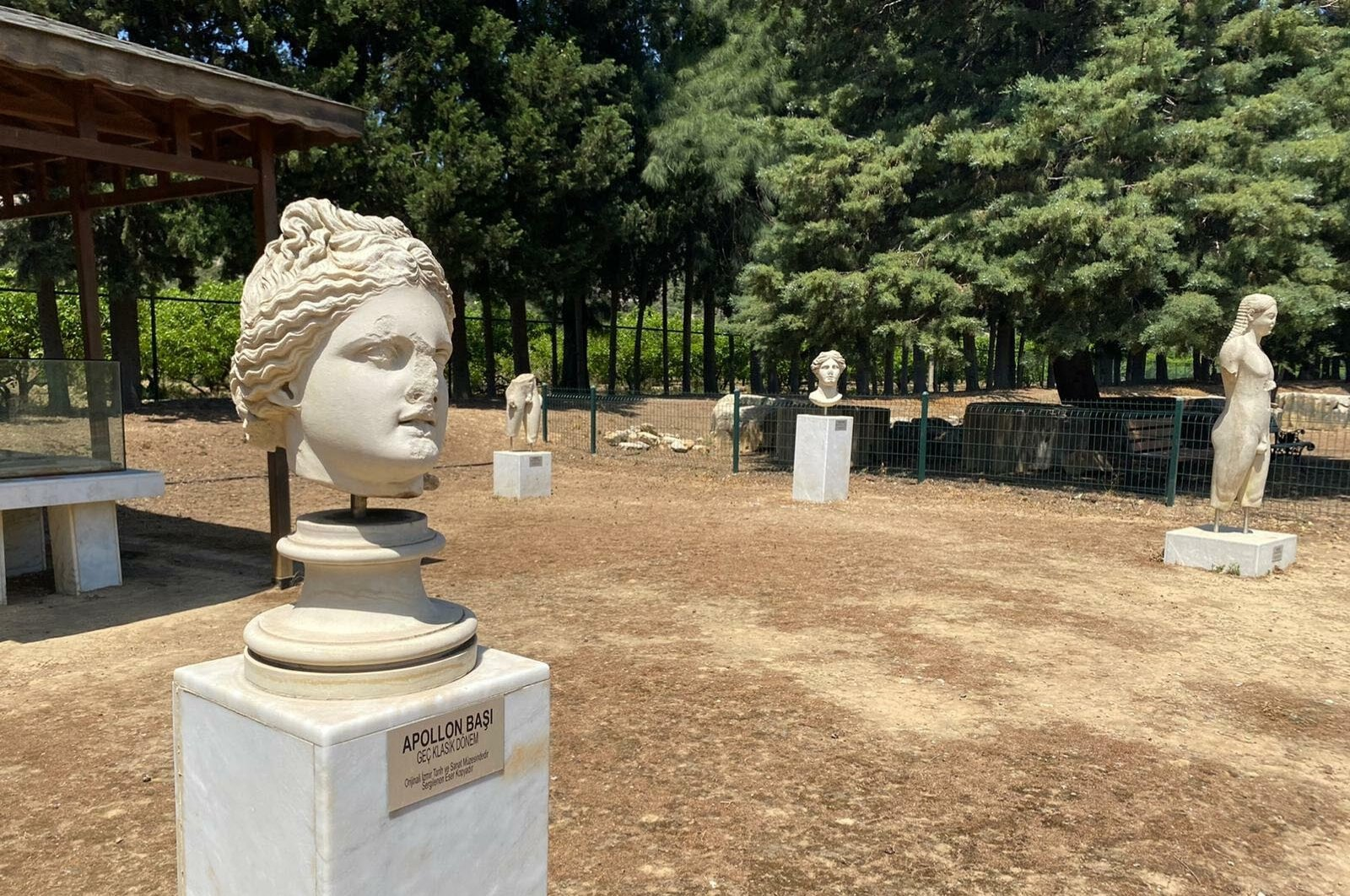Cult statues of ancient Claros to be restored in western Turkey