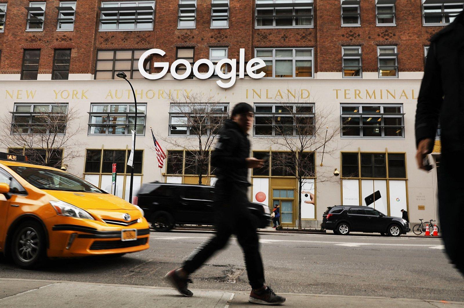 Pedestrians pass Google's New York office in lower Manhattan in New York City, U.S., March 5, 2018. (AFP Photo)