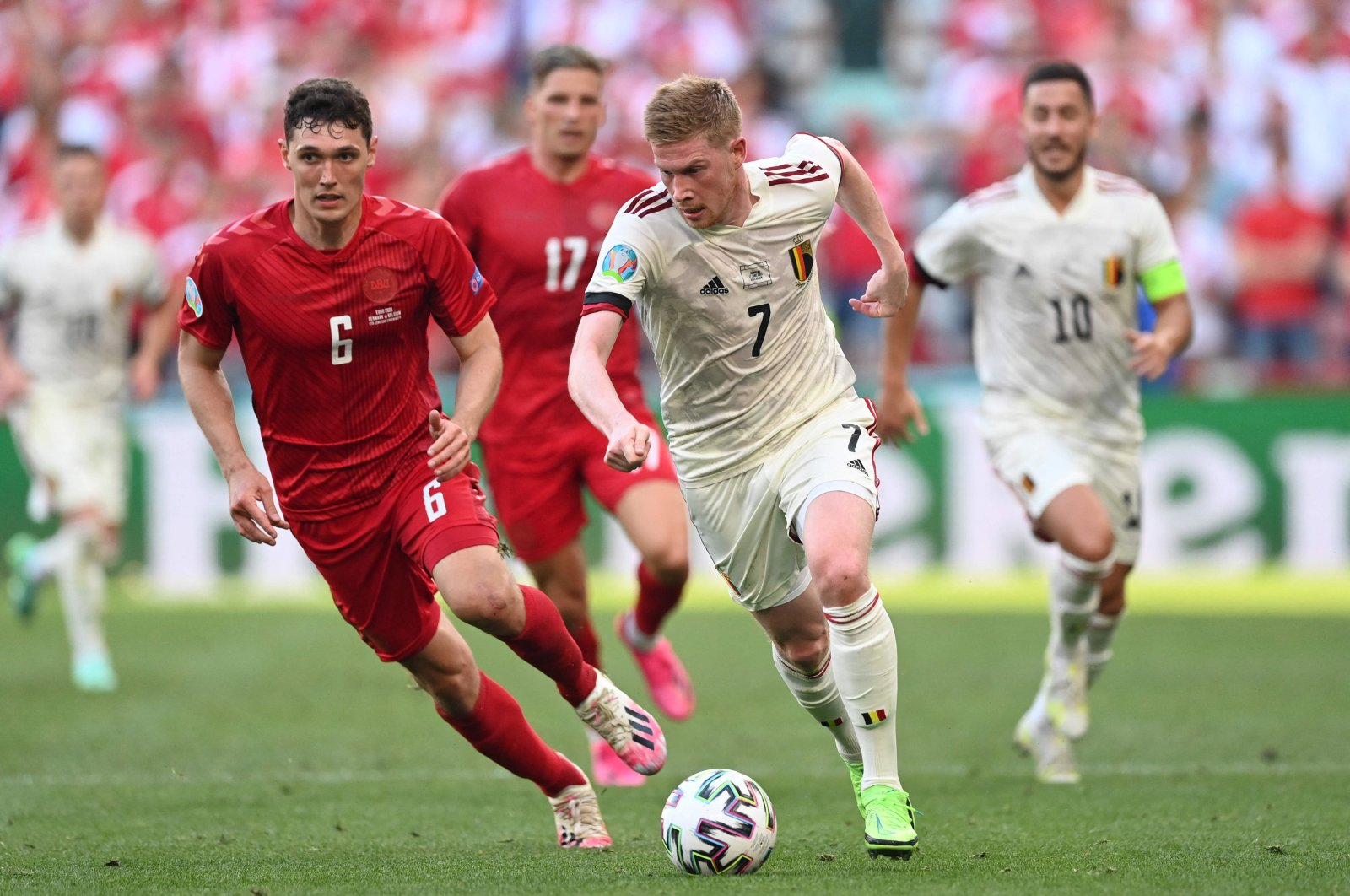 Denmark's defender Andreas Christensen (L) and Belgium's midfielder Kevin De Bruyne vie for the ball during the UEFA EURO 2020 Group B football match between Denmark and Belgium at the Parken Stadium in Copenhagen on June 17, 2021. (AFP Photo)