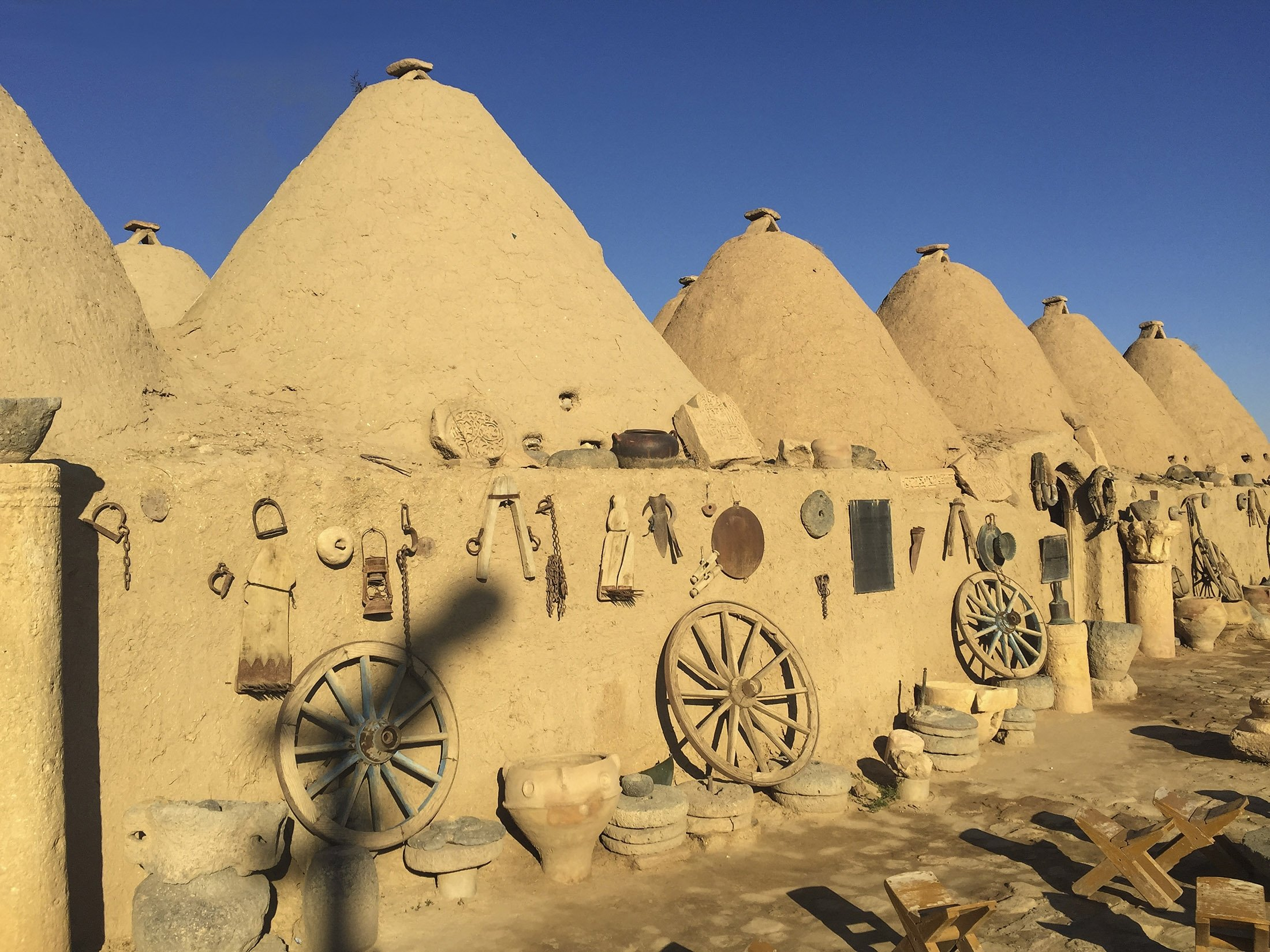 The 250-year-old conical dome houses of Şanlıurfa, Turkey. (Shutterstock Photo)