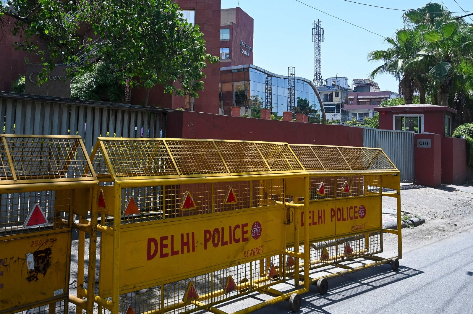 Police barricades are seen in front of the gate of Twitter India's office at the Crescent building in New Delhi, India, May 25, 2021. (AFP Photo)