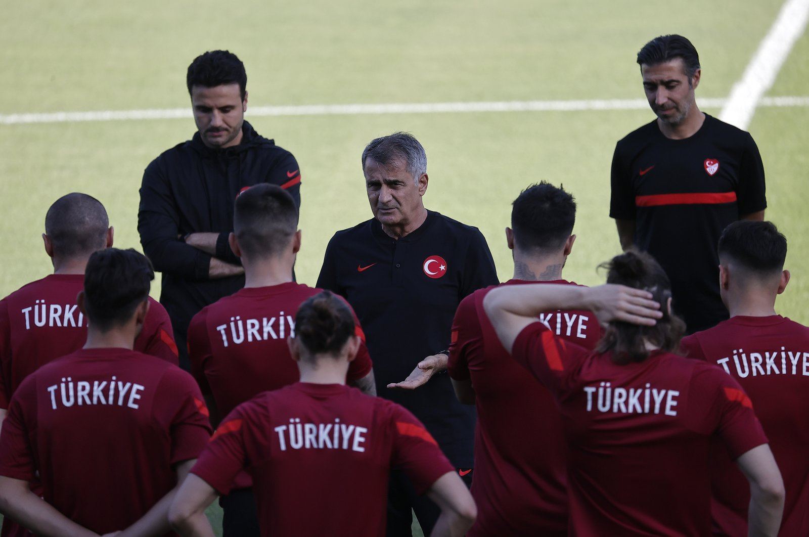 Coach Şenol Güneş (C) speaks with players during a training session ahead of the Euro 2020 Group A game against Switzerland at the Bakcell Arena in Baku, Azerbaijan, June 19, 2021. (AA Photo)