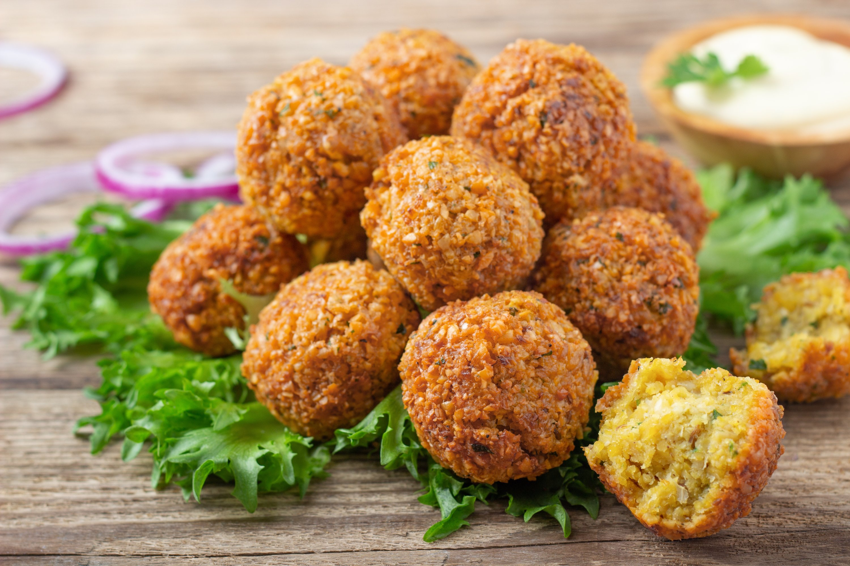 Vegetarian falafel balls. (Shutterstock Photo)