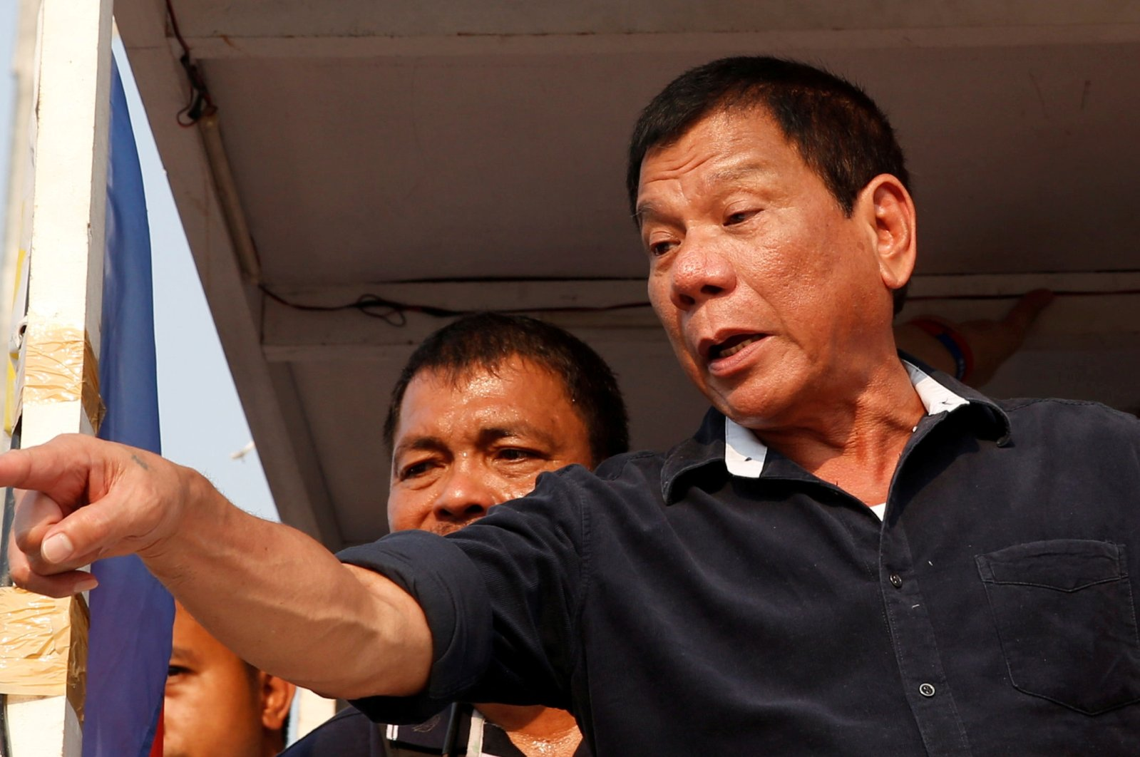 """President Rodrigo """"Digong"""" Duterte greets supporters during election campaigning in Malabon, Metro Manila, Philippines, April 27, 2016. (Reuters Photo)"""