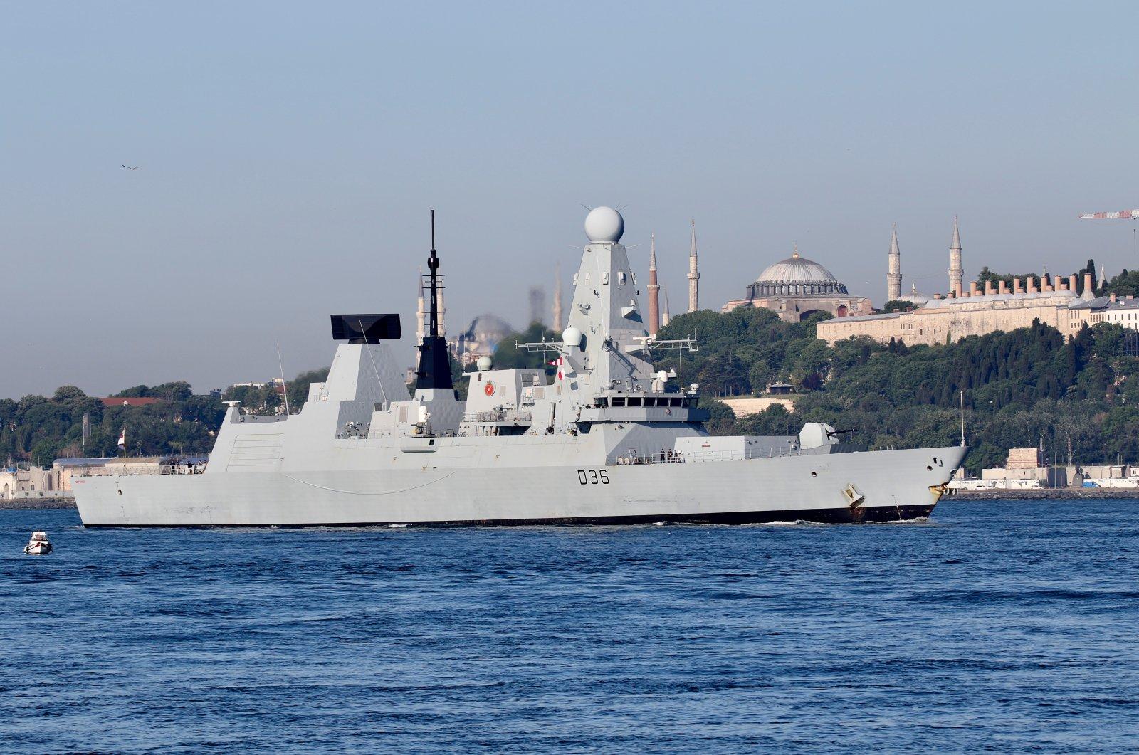 The British Royal Navy's Type 45 destroyer HMS Defender arrives for a port visit in Istanbul, Turkey, June 9, 2021. (Reuters Photo)