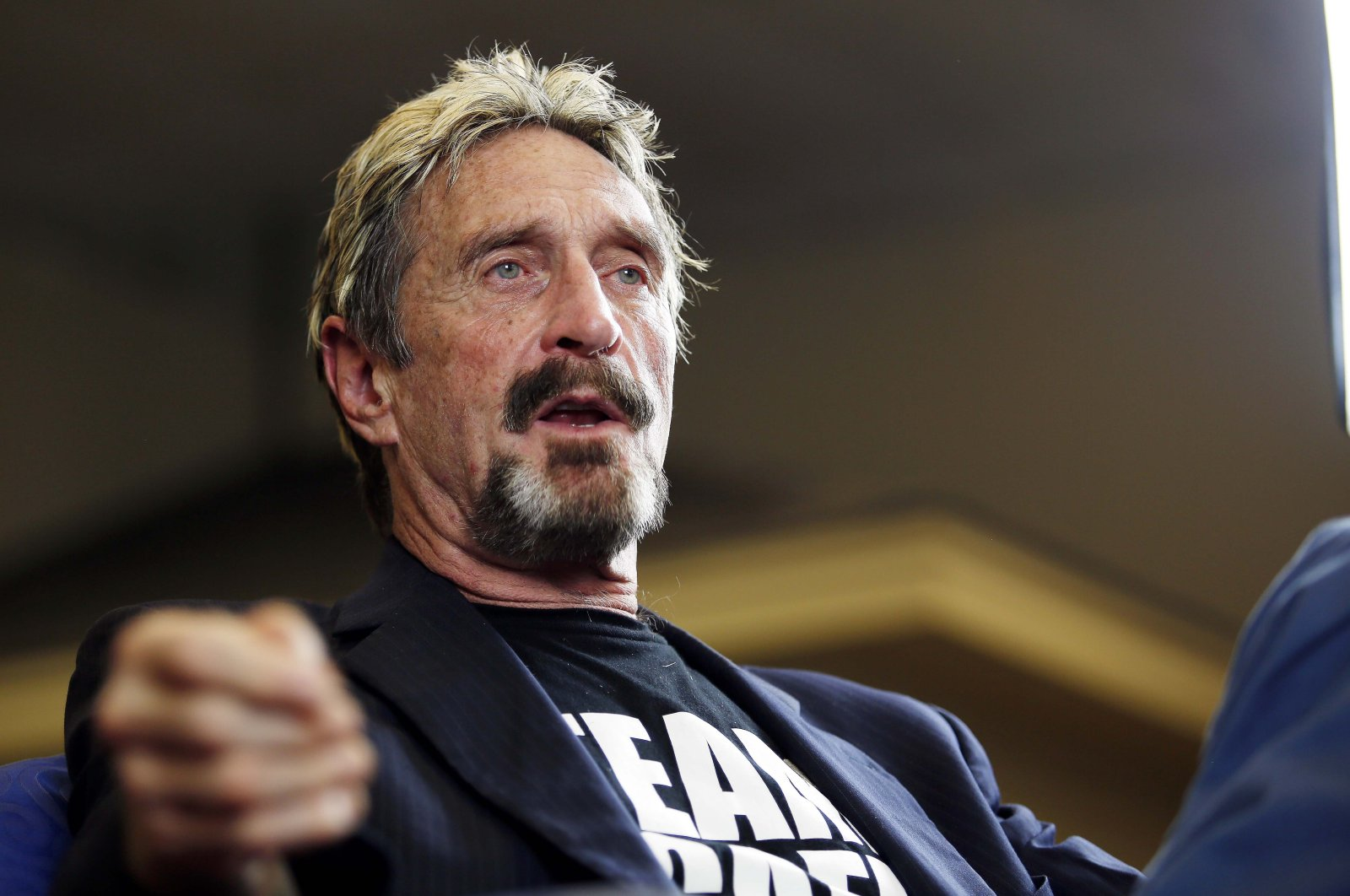Software entrepreneur John McAfee announces his candidacy for the presidency, in Opelika, Alabama, U.S., Sept. 9, 2015. (AP Photo)