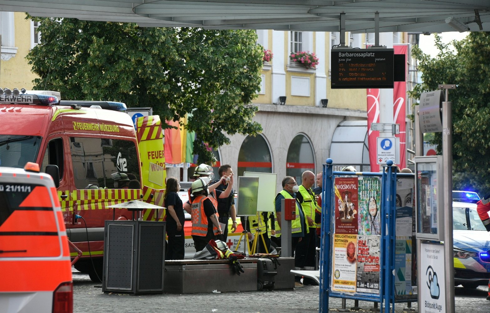 """Officials gather at Barbarossaplatz in the German town of Wuerzburg, Germany, June 25, 2021, during a """"major operation"""" in which police arrested a suspect after local media had earlier reported multiple stabbings. (Reuters Photo)"""