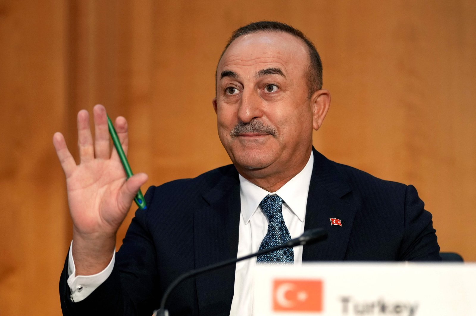 Foreign Minister Mevlüt Çavuşoğlu waves as he attends the Second Berlin Conference on peace in Libya at the German Foreign Ministry in Berlin, Germany, June 23, 2021. (AFP Photo)