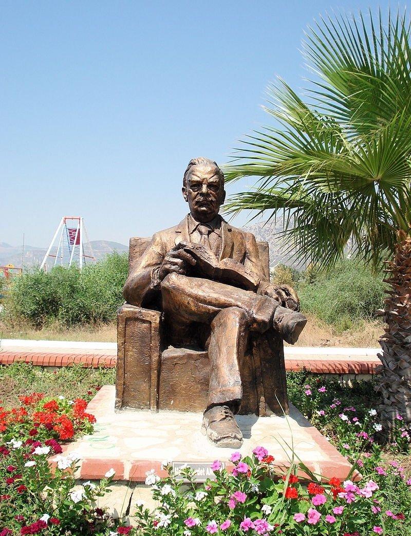 Metin Yurdanur's statue of the poet in Melih Cevdet Anday Park, Ören, Muğla, southwestern Turkey.