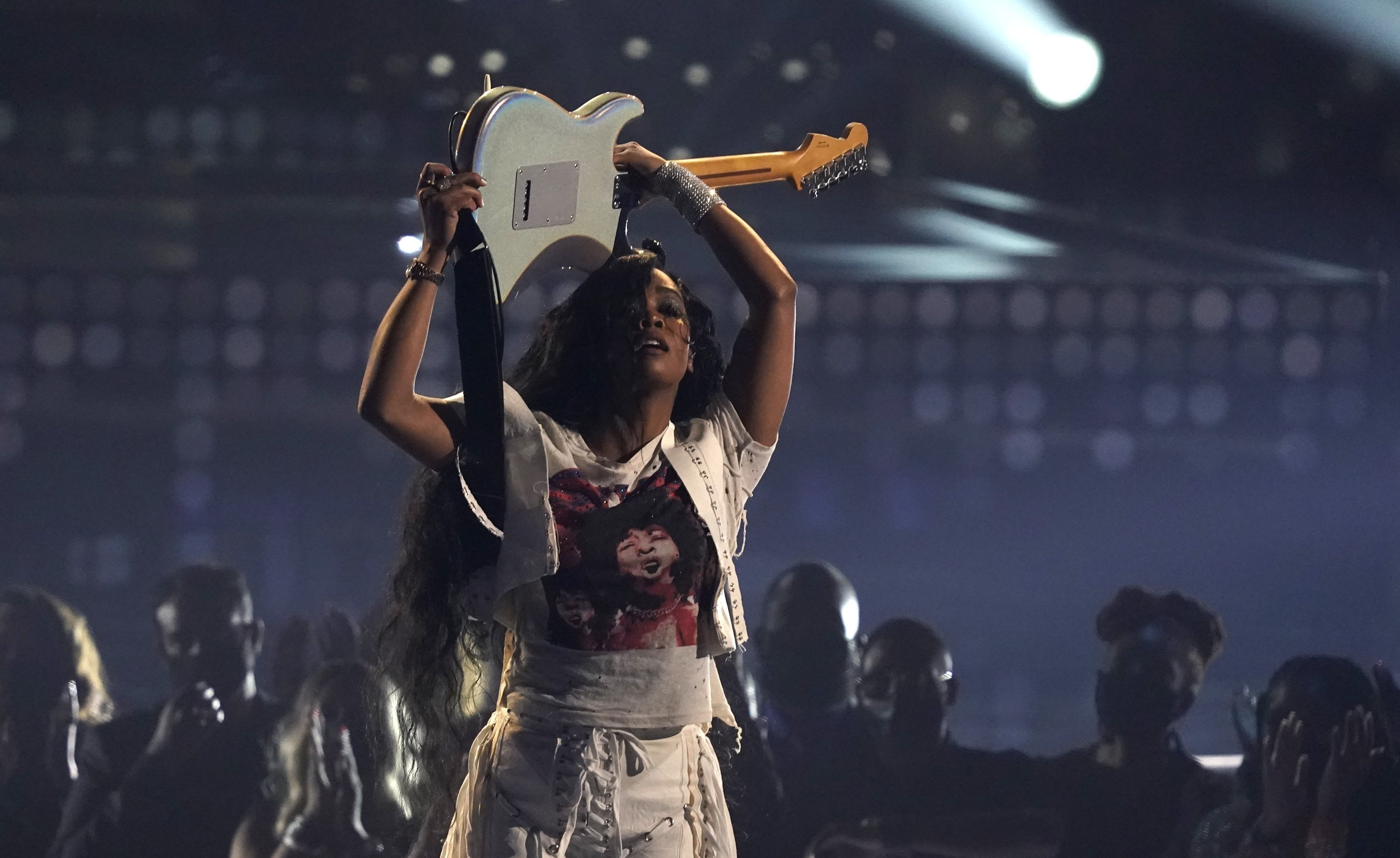 H.E.R. performs at the BET Awards at the Microsoft Theater in Los Angeles, U.S., June 27, 2021. (AP Photo)