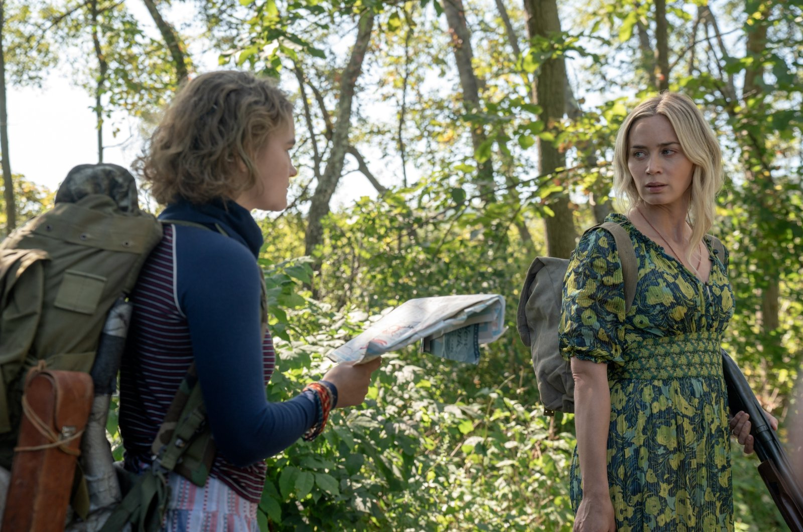 """Millicent Simmonds (L) stars as Regan and Emily Blunt (R) as Evelyn in """"A Quiet Place Part II."""" (DPA Photo)"""