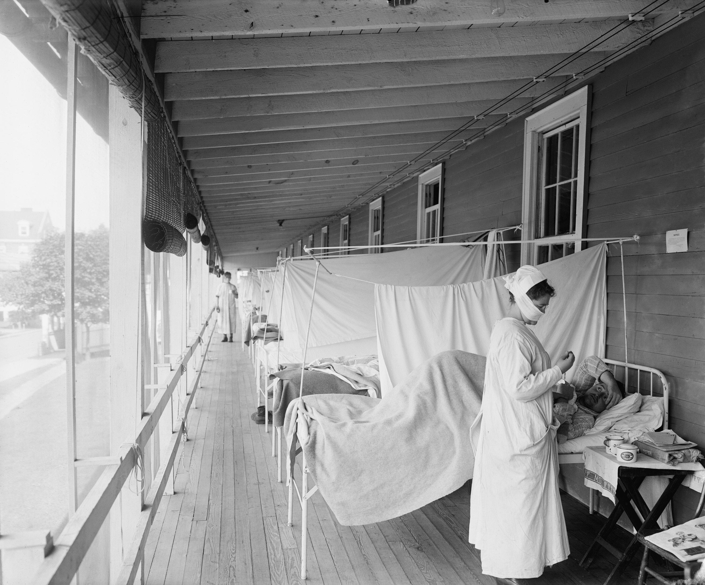 Walter Reed Hospital flu ward during the Spanish Flu pandemic, in Washington, D.C., U.S., in 1918-1919. (Shutterstock Photo)