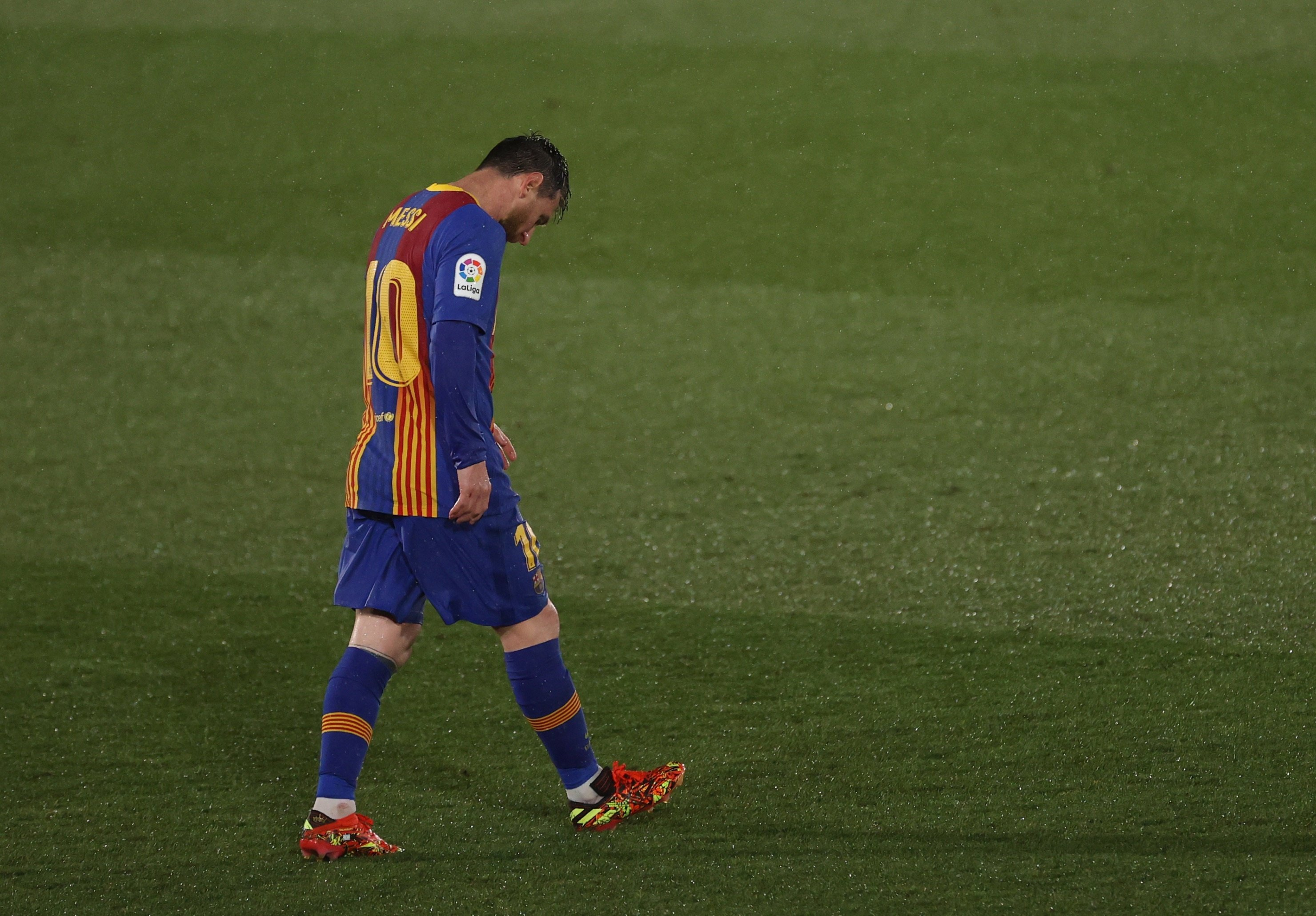 Messi S Barcelona Contract Expires Making Him A Free Agent Daily Sabah