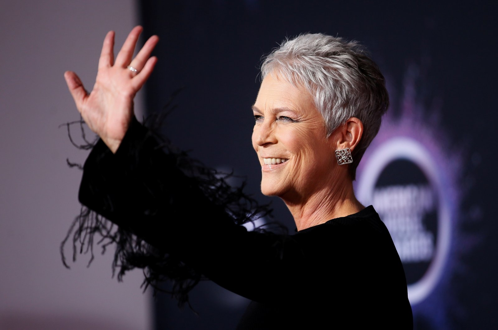 Jamie Lee Curtis arrives at the American Music Awards in Los Angeles, California, U.S., Nov. 24, 2019. (Reuters Photo)