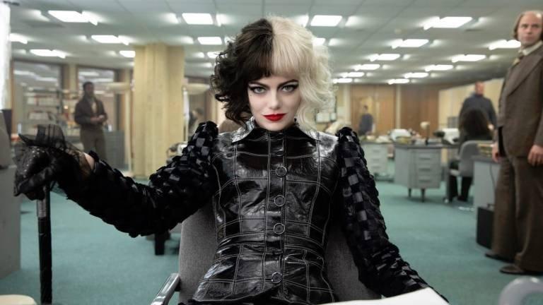 Emma Stone as Cruella in a scene from 'Cruella.'