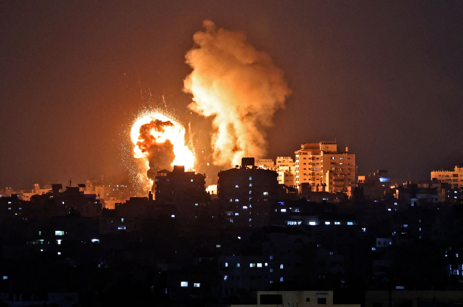 Fire billows from Israeli airstrikes on the Gaza Strip, Palestine, May 10, 2021. (AFP Photo)