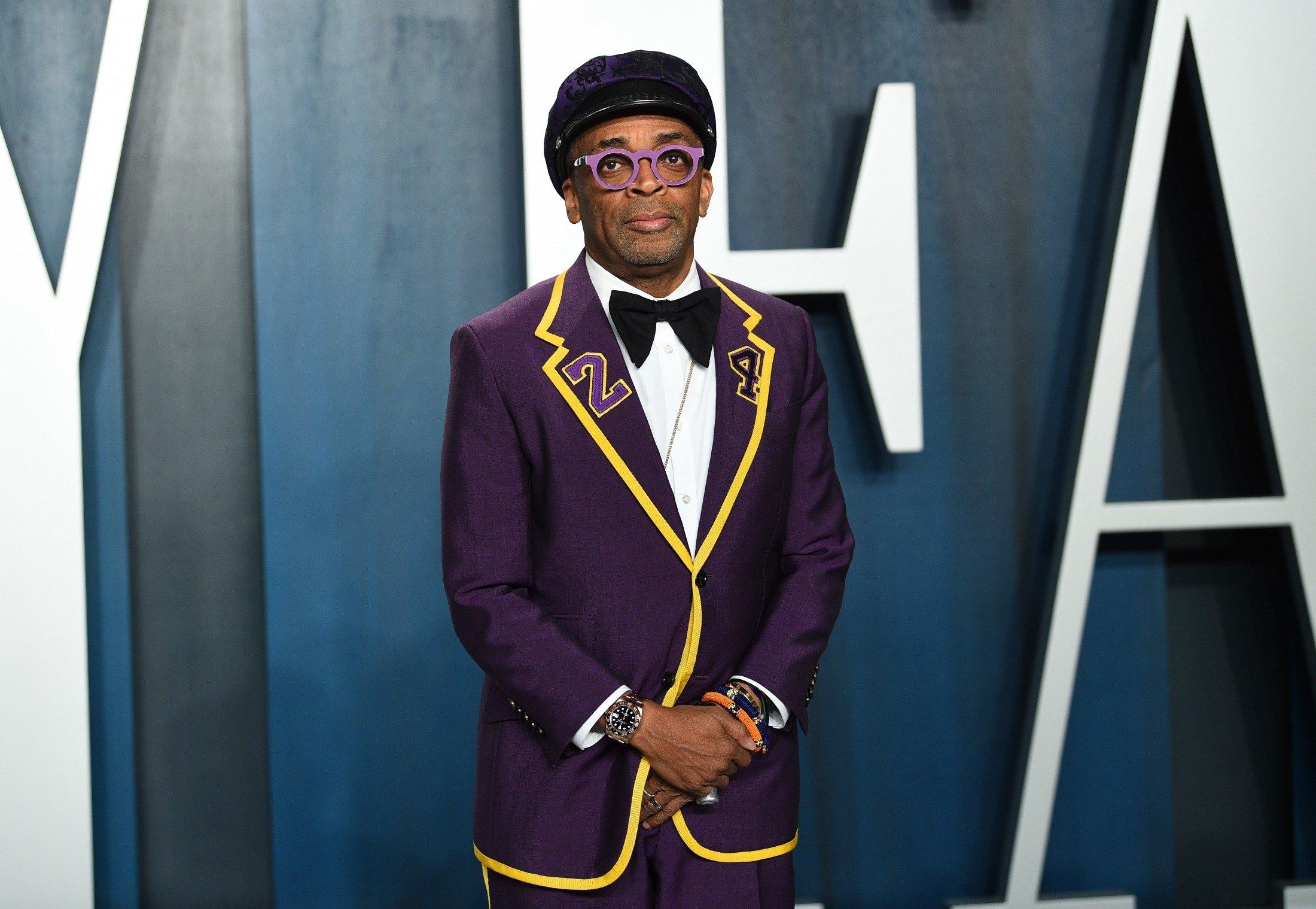 Spike Lee arrives at the Vanity Fair Oscar Party in Beverly Hills, California, U.S., Feb. 9, 2020. (AP Photo)