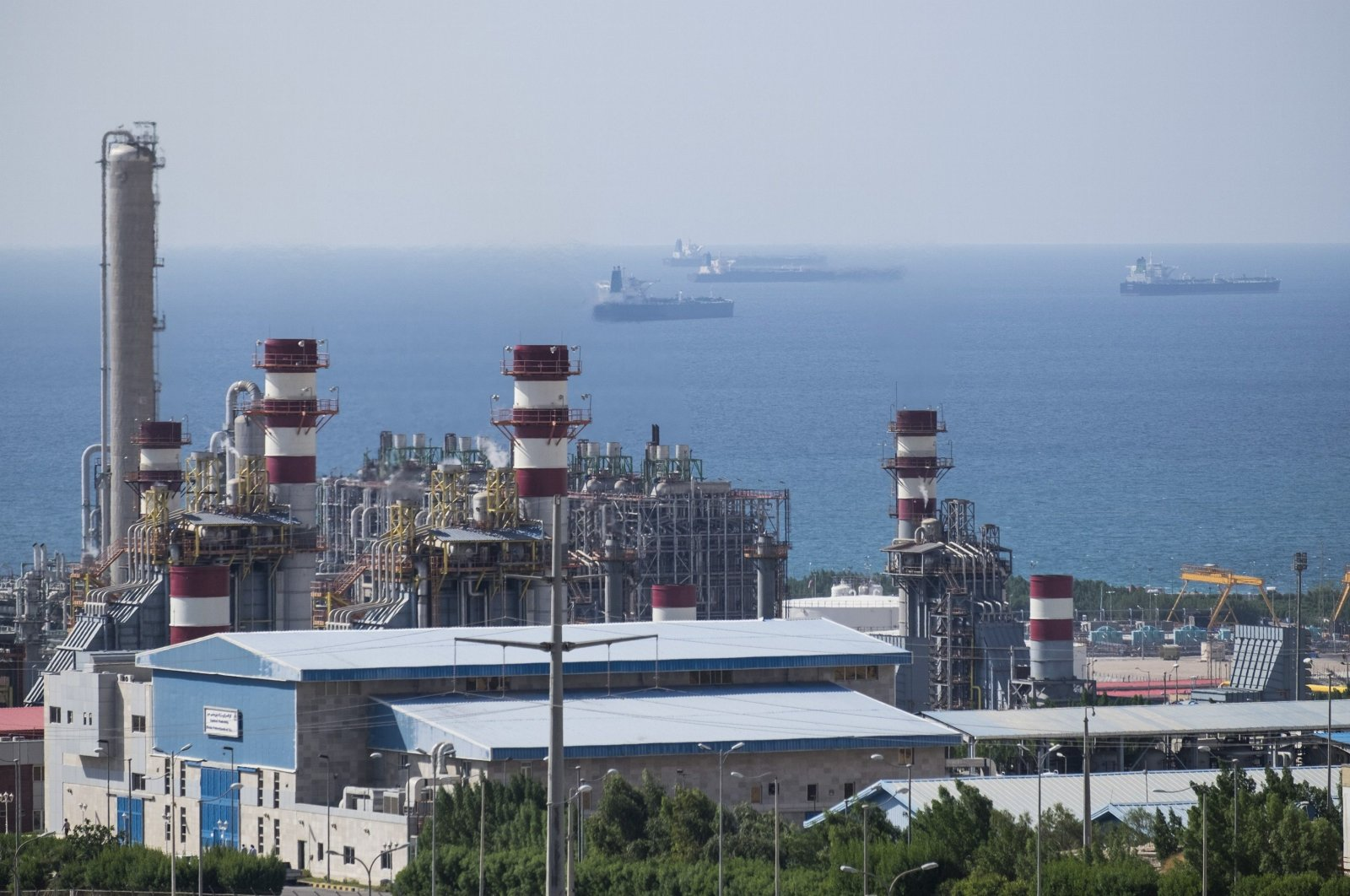 A general view shows a unit of South Pars Gas field in Asalouyeh Seaport, north of Persian Gulf, Iran, Nov. 19, 2015. (Reuters File Photo)