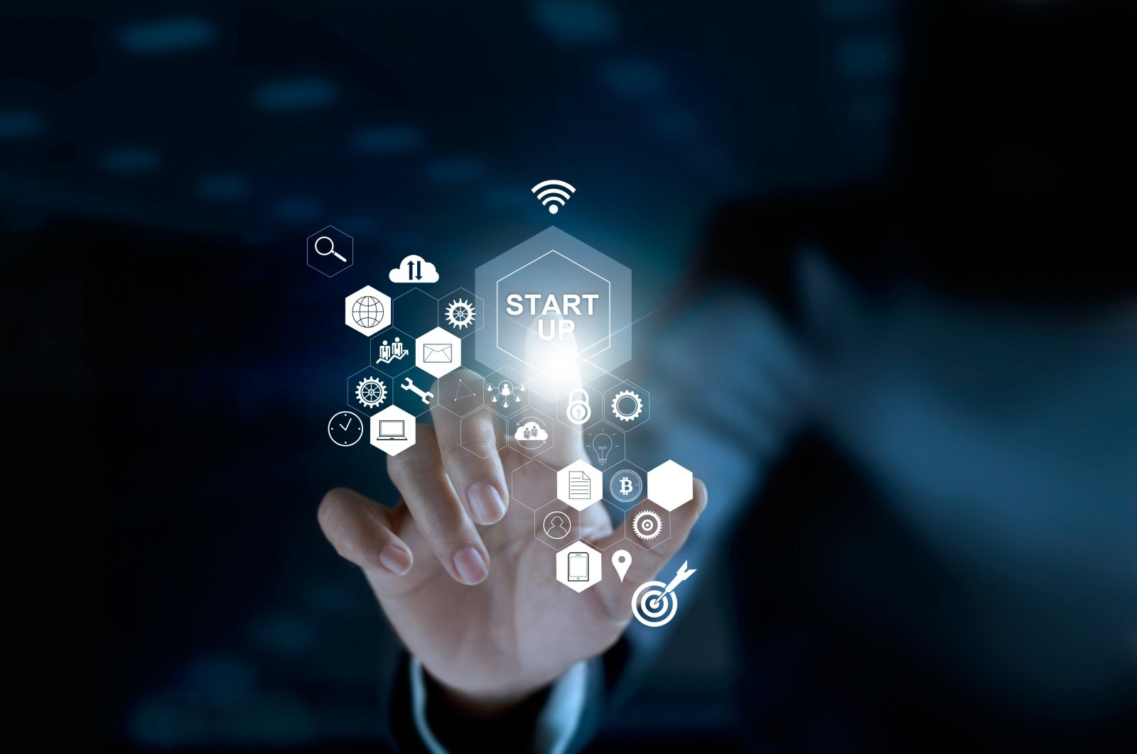 The program jointly run by Facebook and Hello Tomorrow Turkey extended technical training and mentorship support to startups. (Shutterstock Photo)
