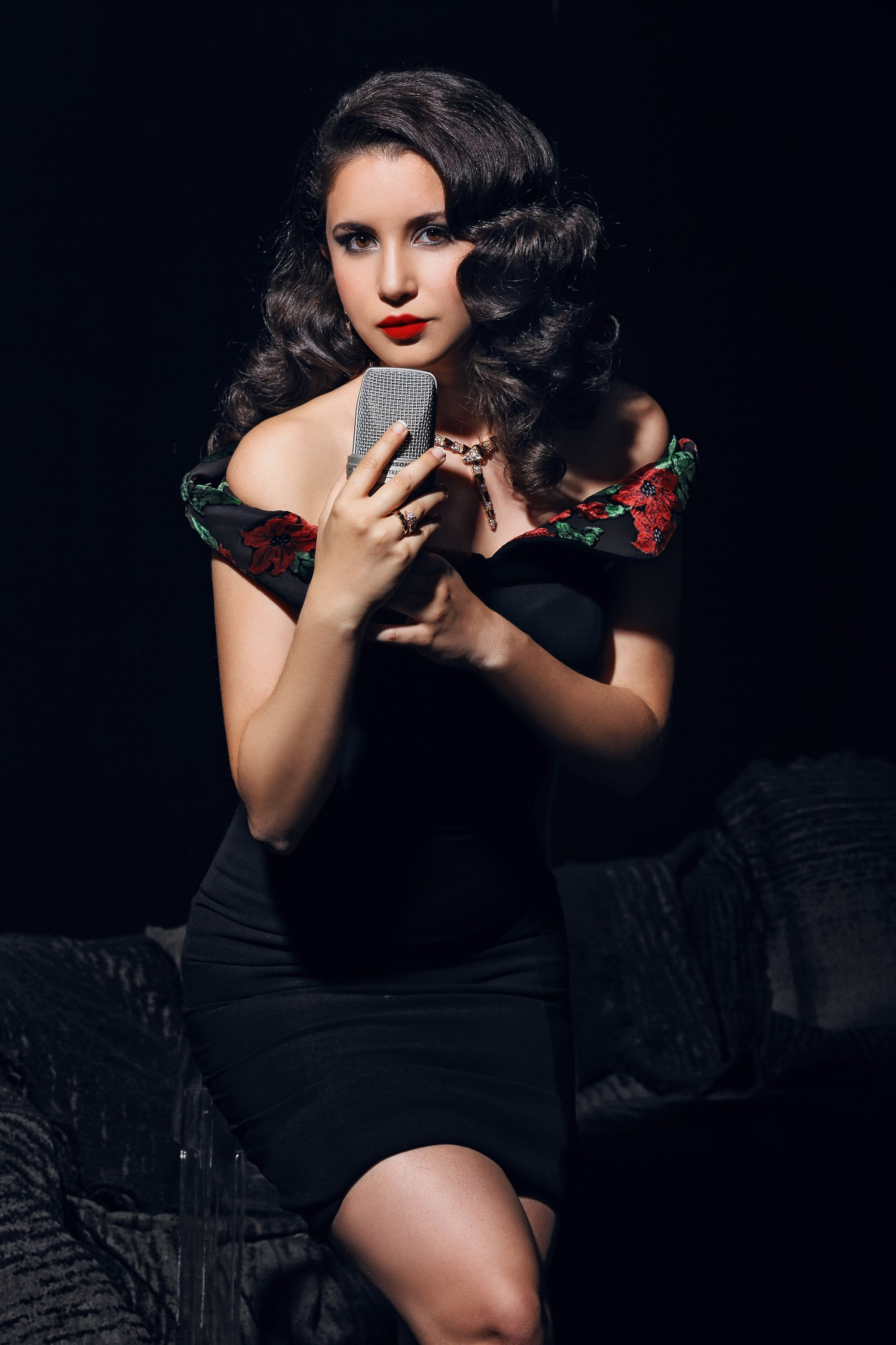 Karsu will sing the legendary works of Atlantic Records at Harbiye Cemil Topuzlu Open-Air Theater on Sept. 20.