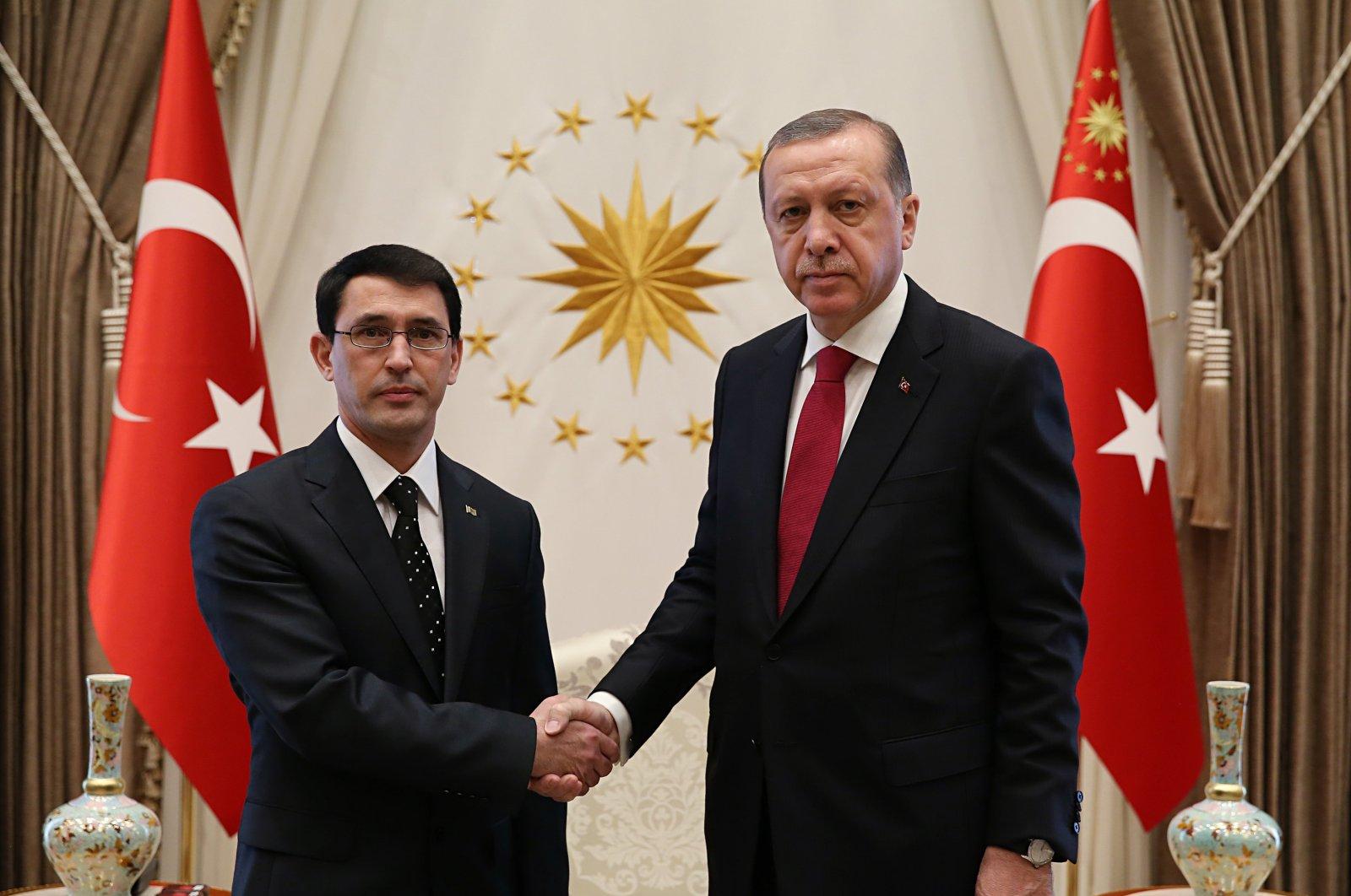 Turkmenistan's Ambassador Ishankuli Amanlyev (L) is received by President Recep Tayyip Erdoğan in the capital ankara, Turkey. (AA Photo)